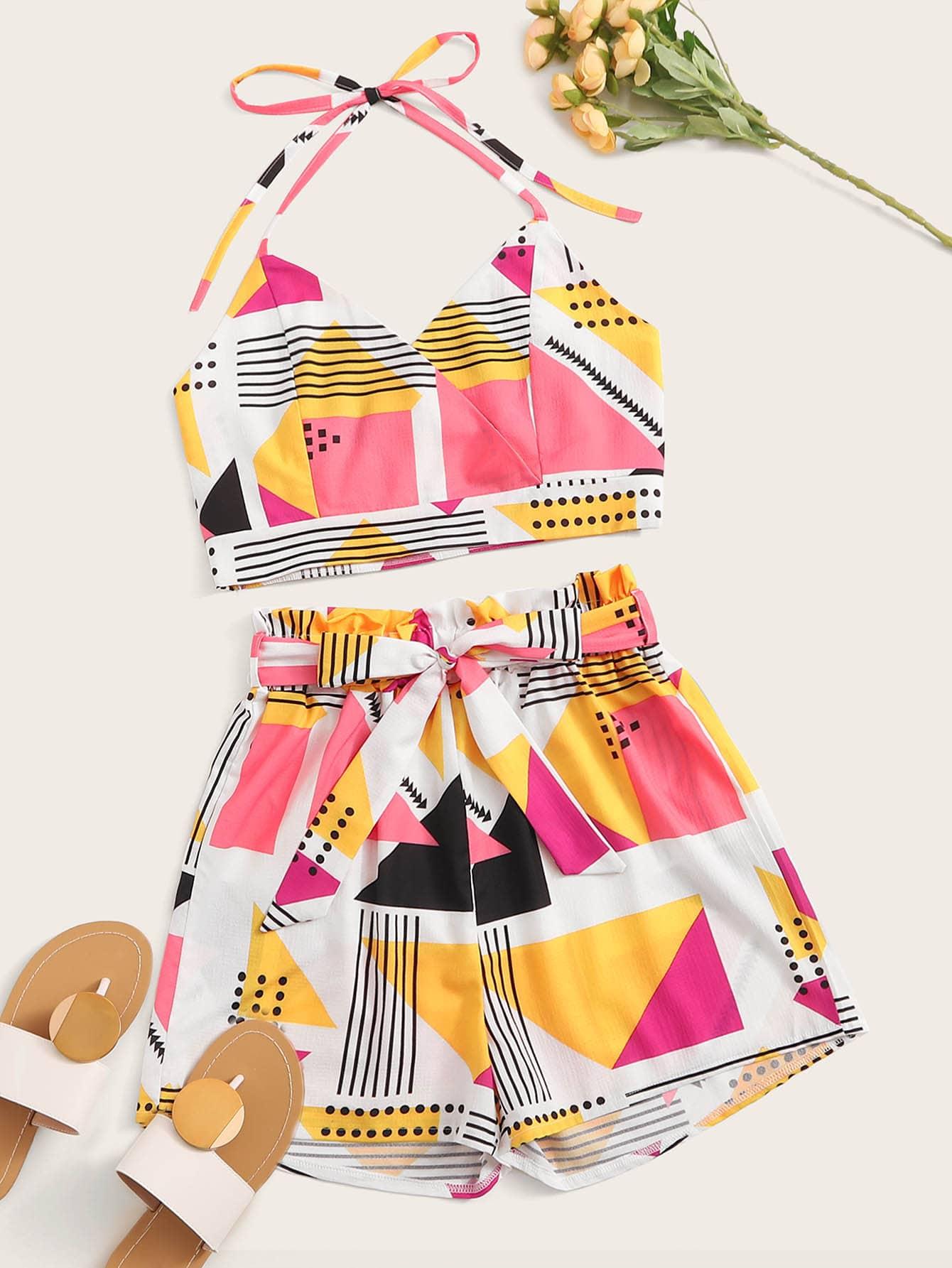 Фото - Топ-халтер с геометрическим принтом и шорты с поясом от SheIn цвет многоцветный
