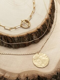 Toggle Hammered Disc Pendant Layered Necklace