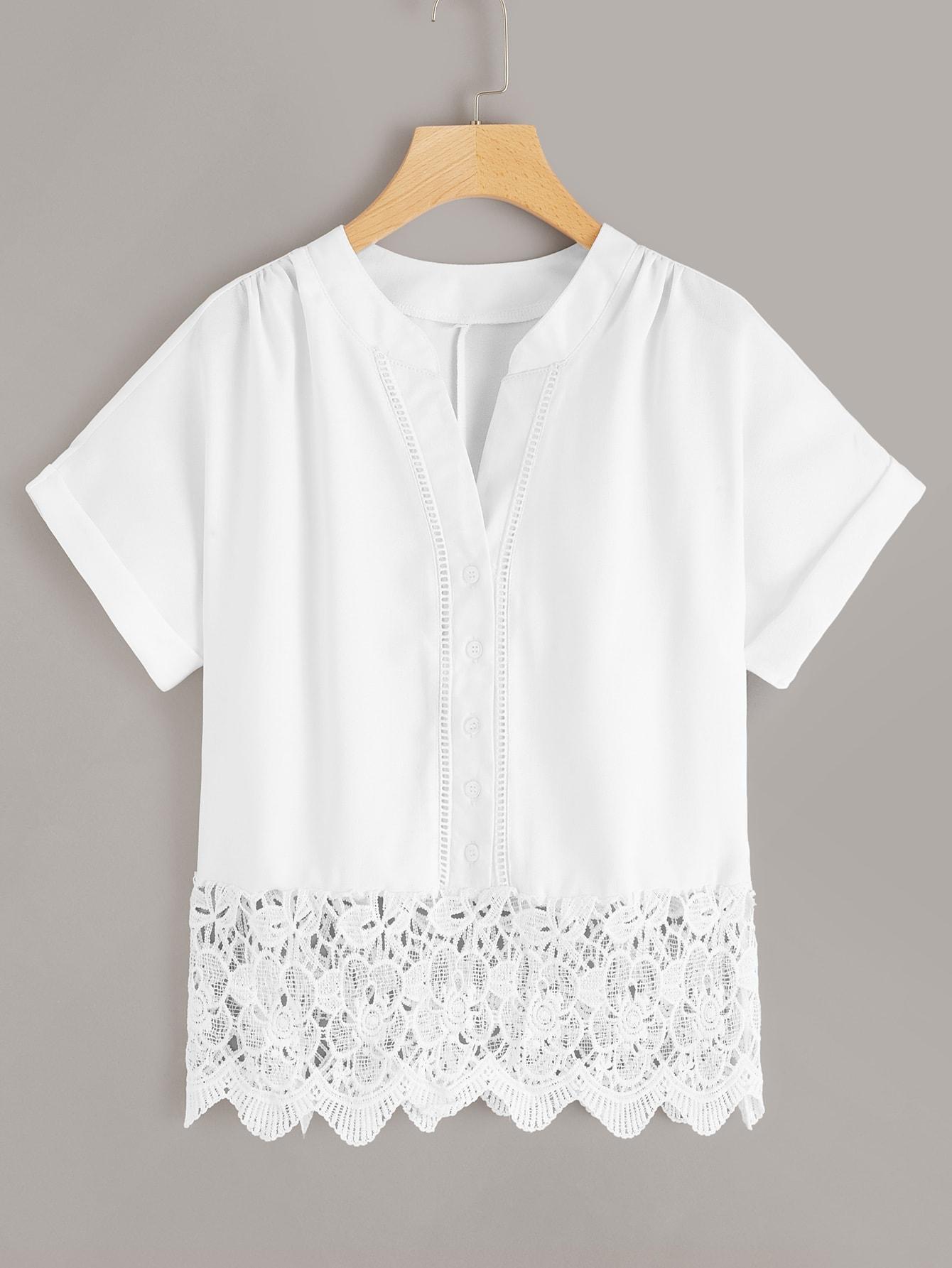 Фото - Блузу вязаная крючком с пуговицами от SheIn белого цвета