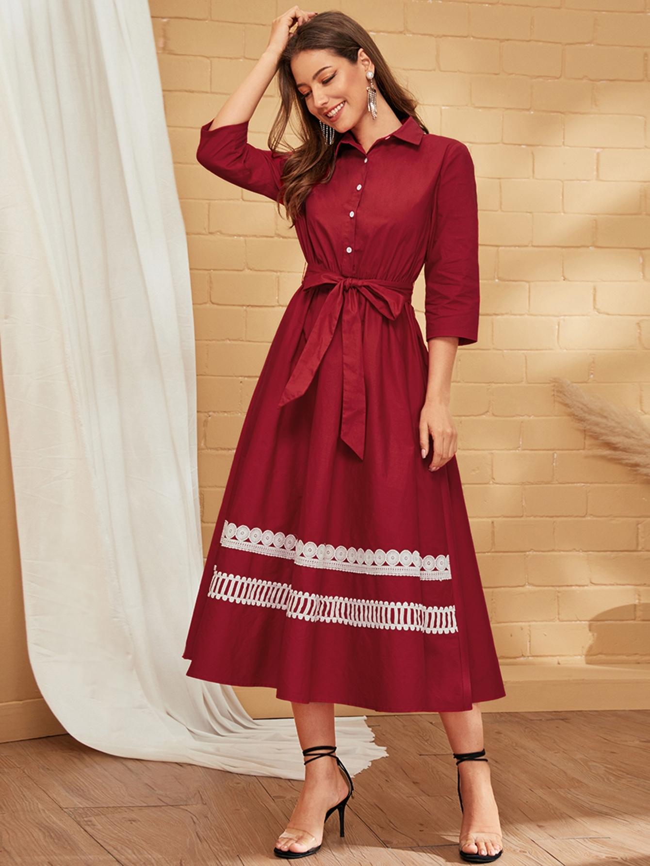 Платье-рубашка с вышивкой и поясом