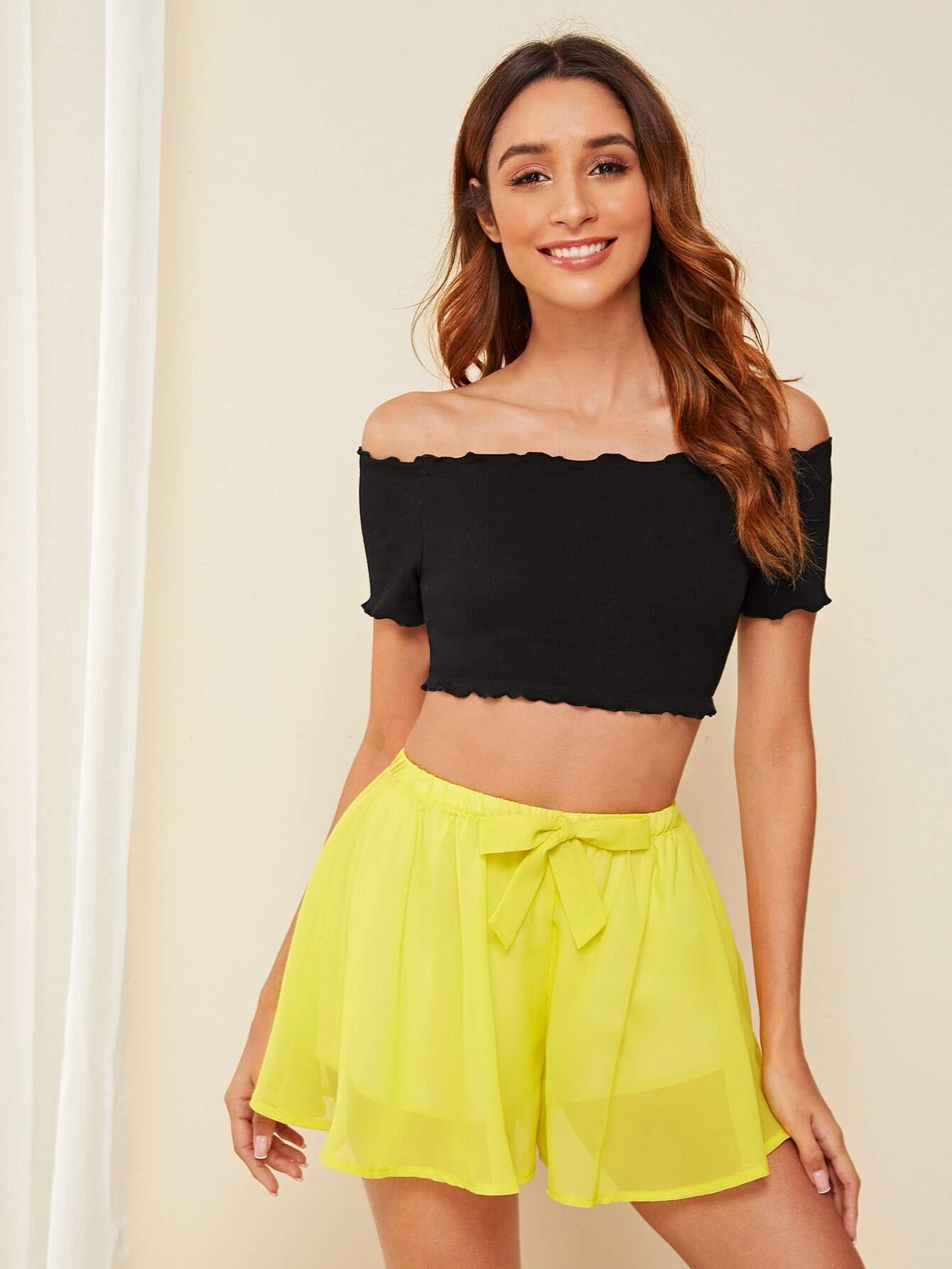 Фото - Топ и атласные шорты от SheIn цвет многоцветный