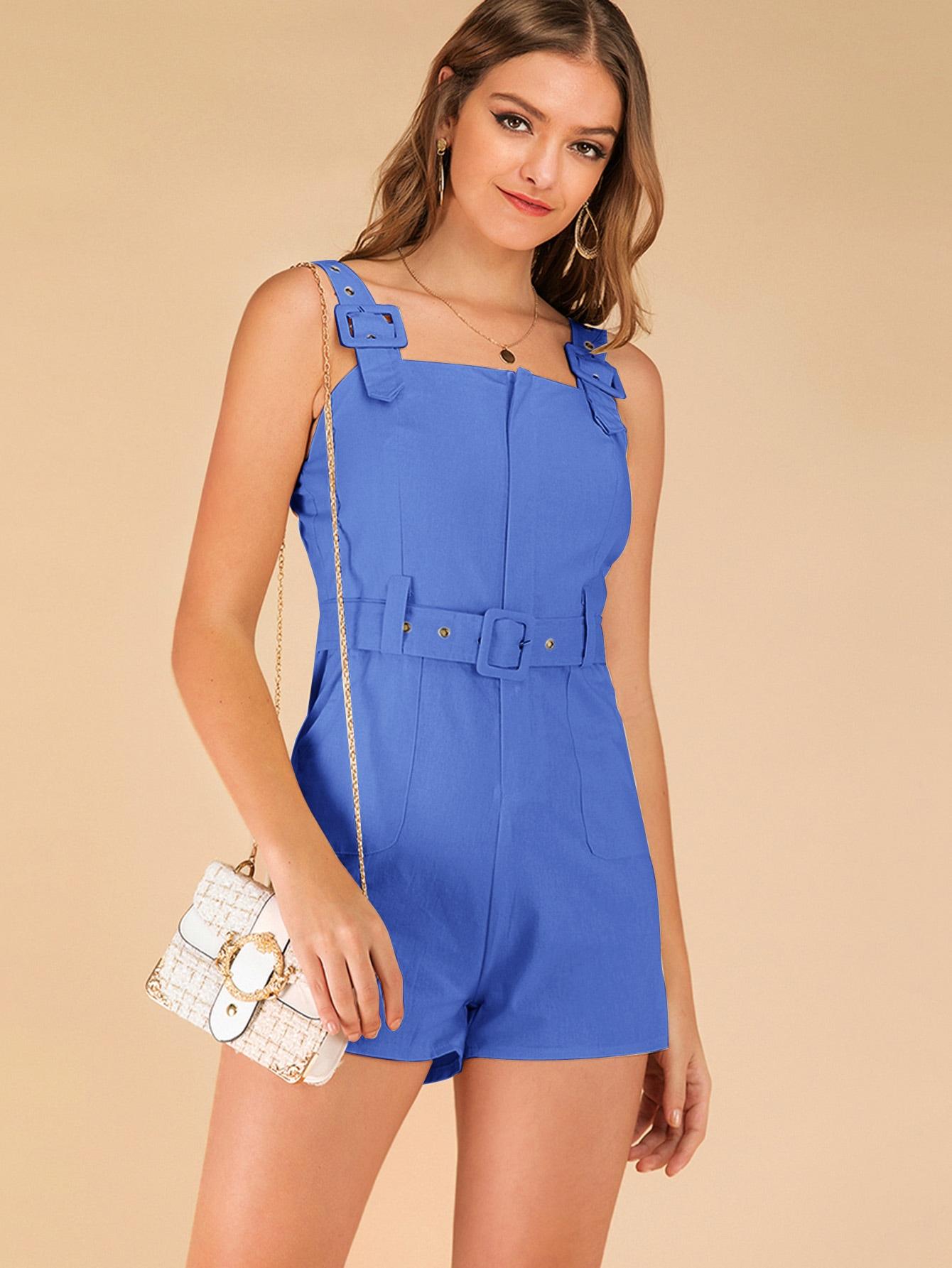 Фото - Однотонный комбинезон с карманом и поясом от SheIn синего цвета