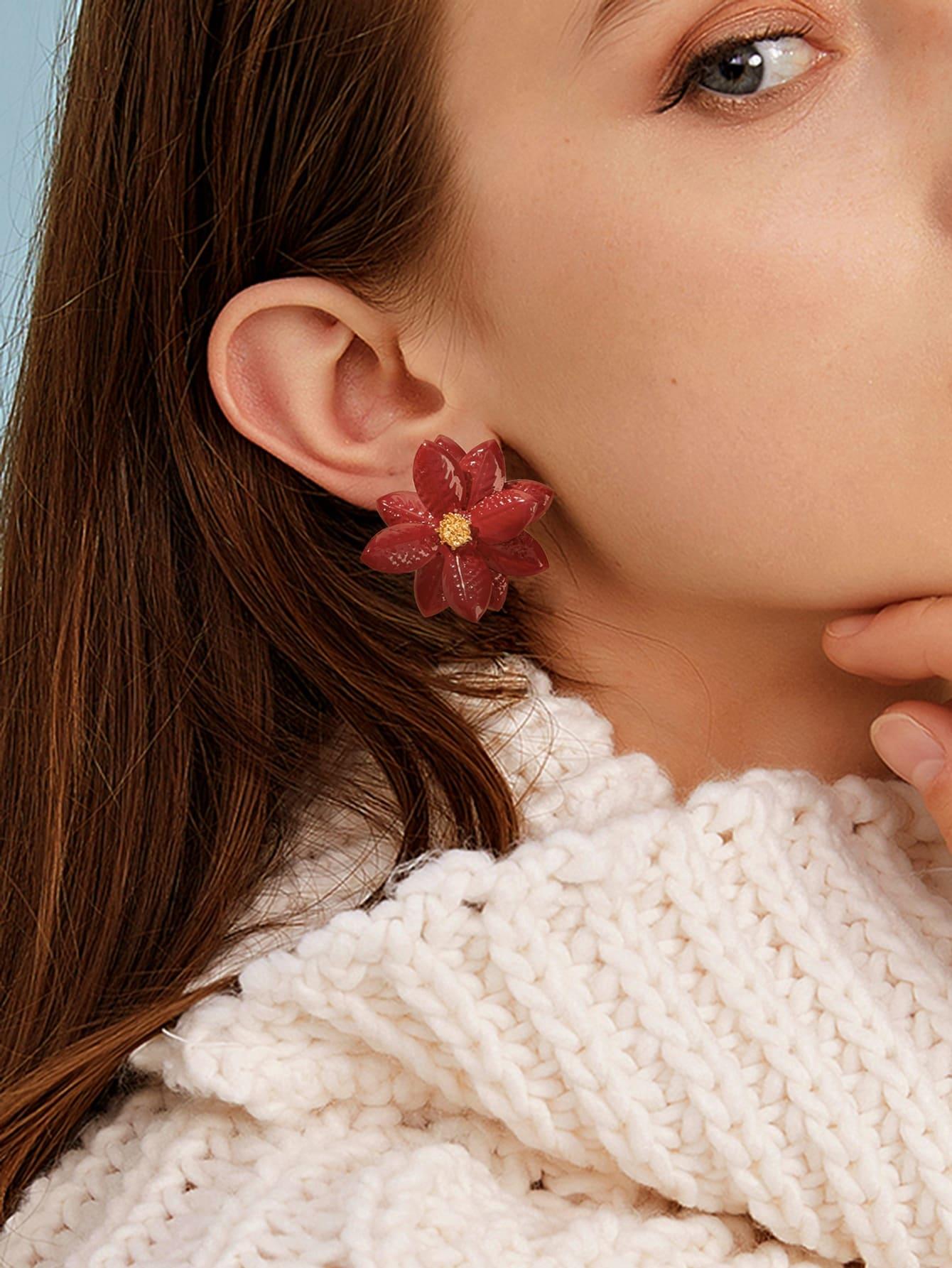 Фото - Серьги-гвоздики в форме цветка 1 пара от SheIn цвет бургундия