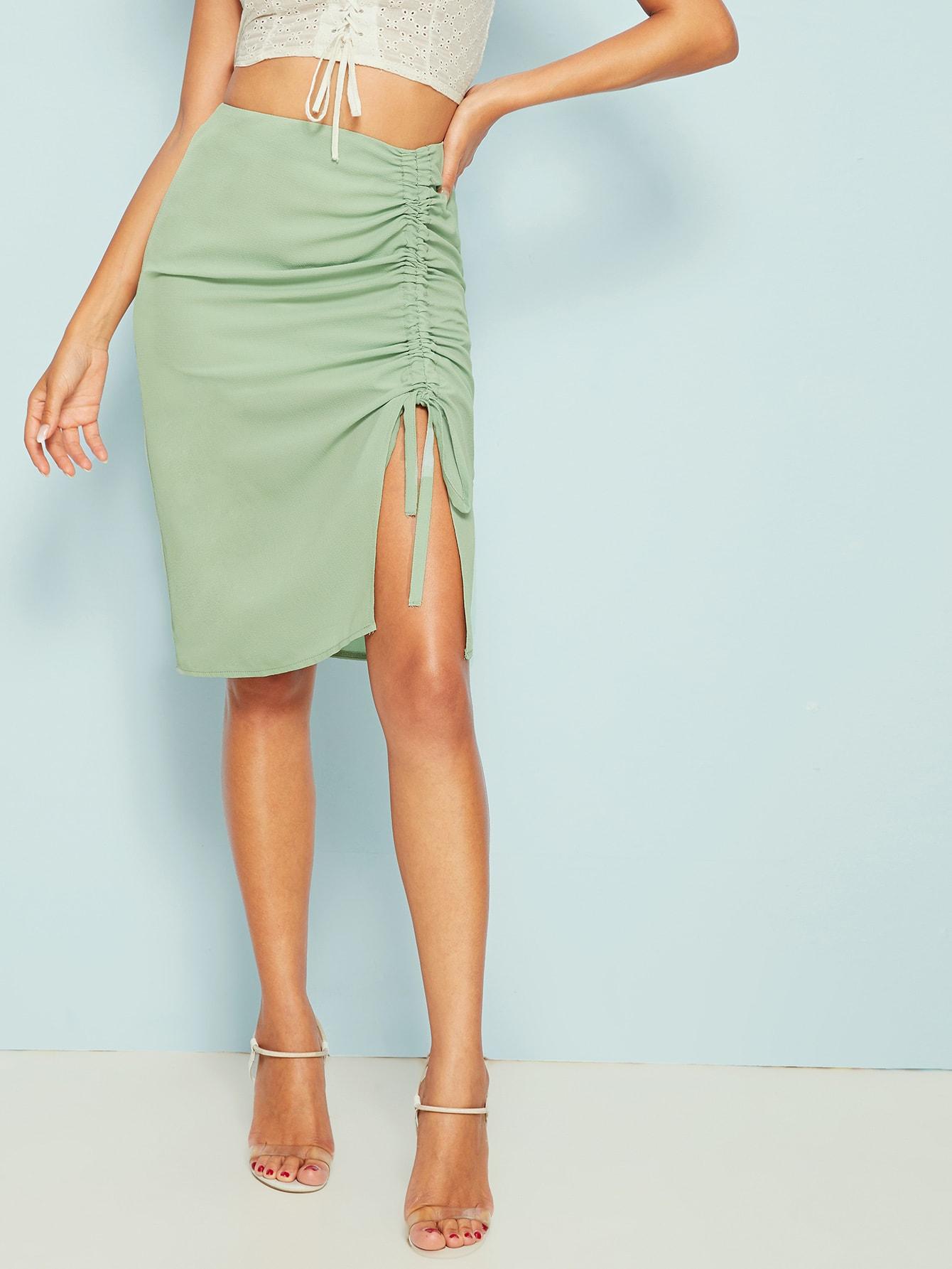 Фото - Однотонная юбка с молнией и кулиской от SheIn зеленого цвета