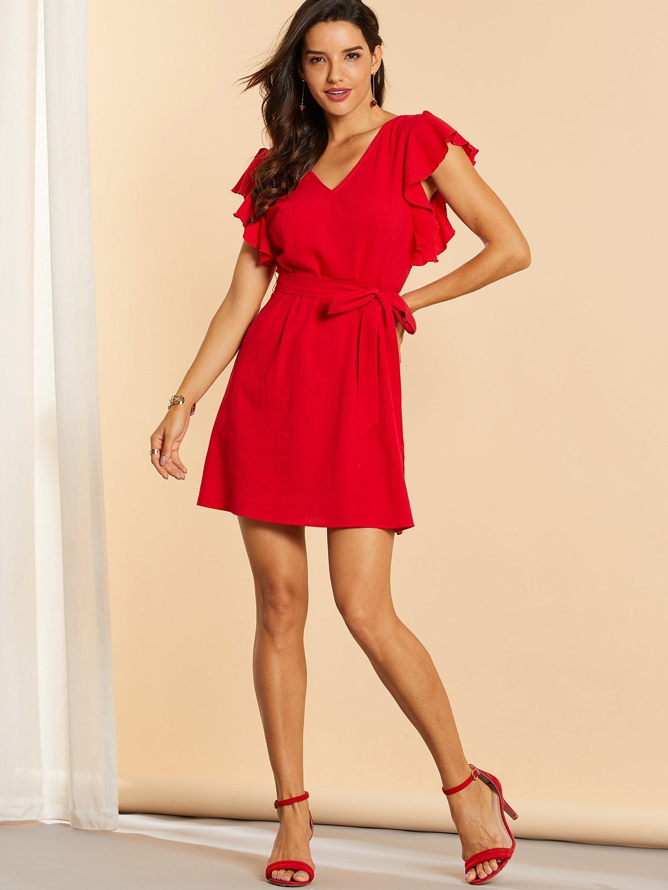 Фото - Однотонное платье с молнией, поясом и оборкой от SheIn цвет красные