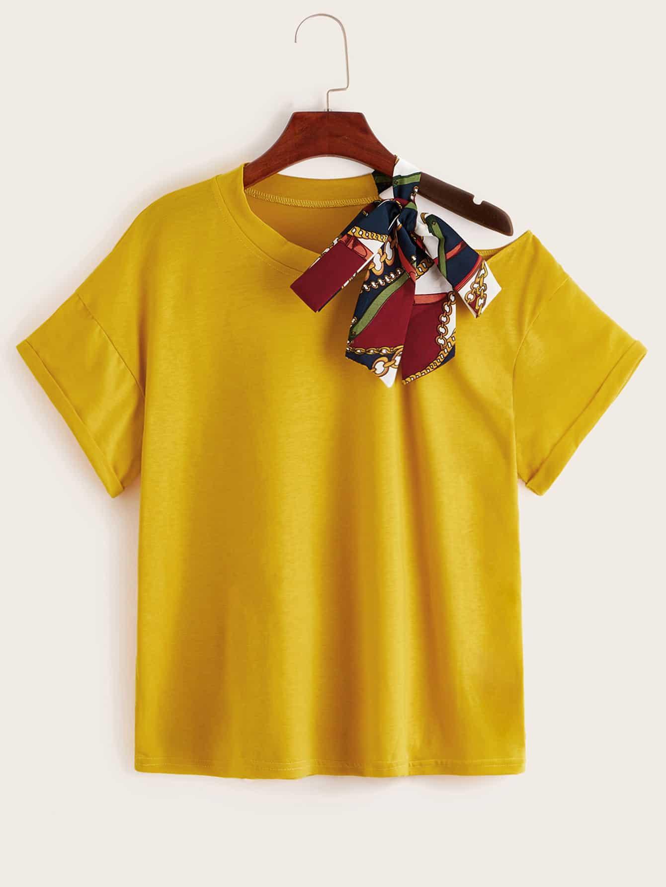 Фото - Футболку в горошек с открытым плечом от SheIn цвет жёлтый