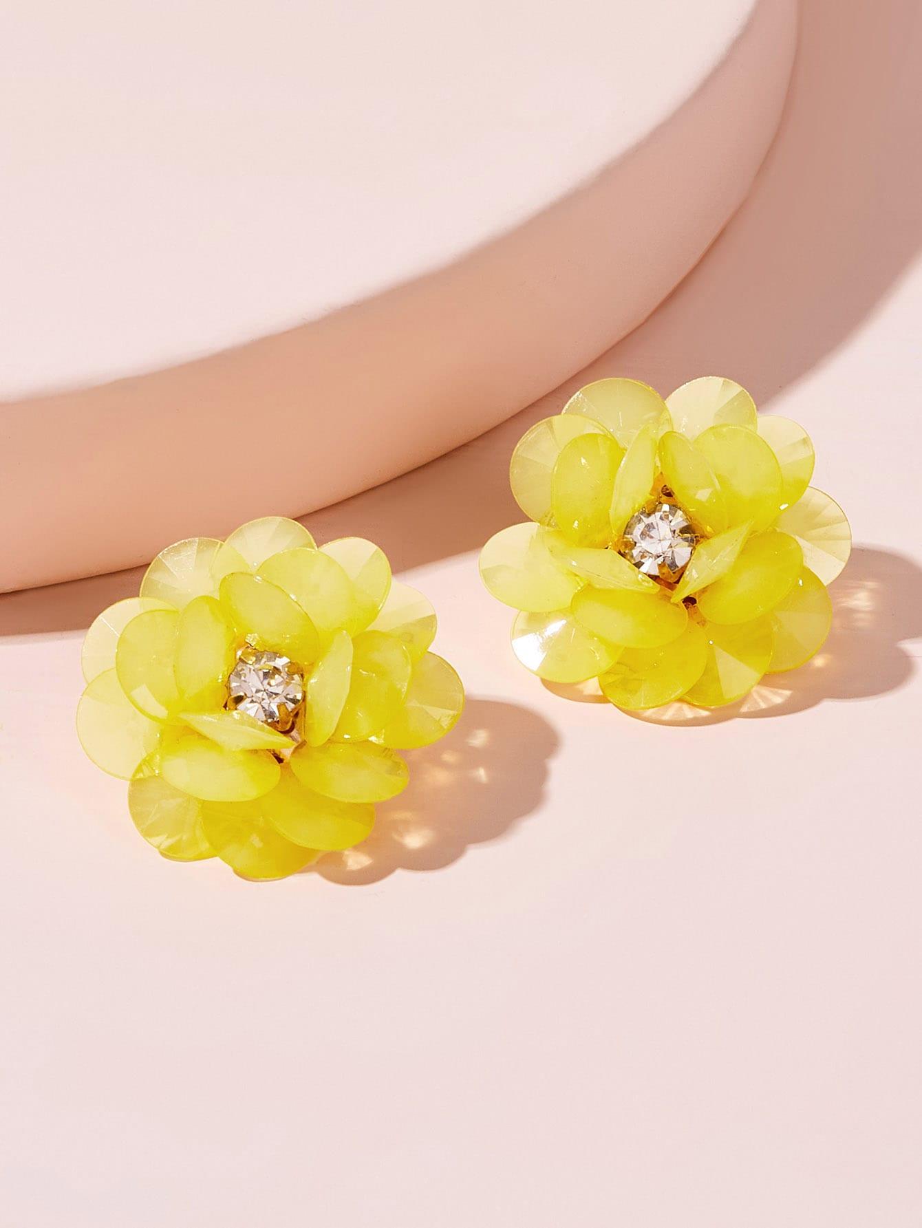 Фото - Серьги-гвоздики со стразами 1 пара от SheIn желтого цвета