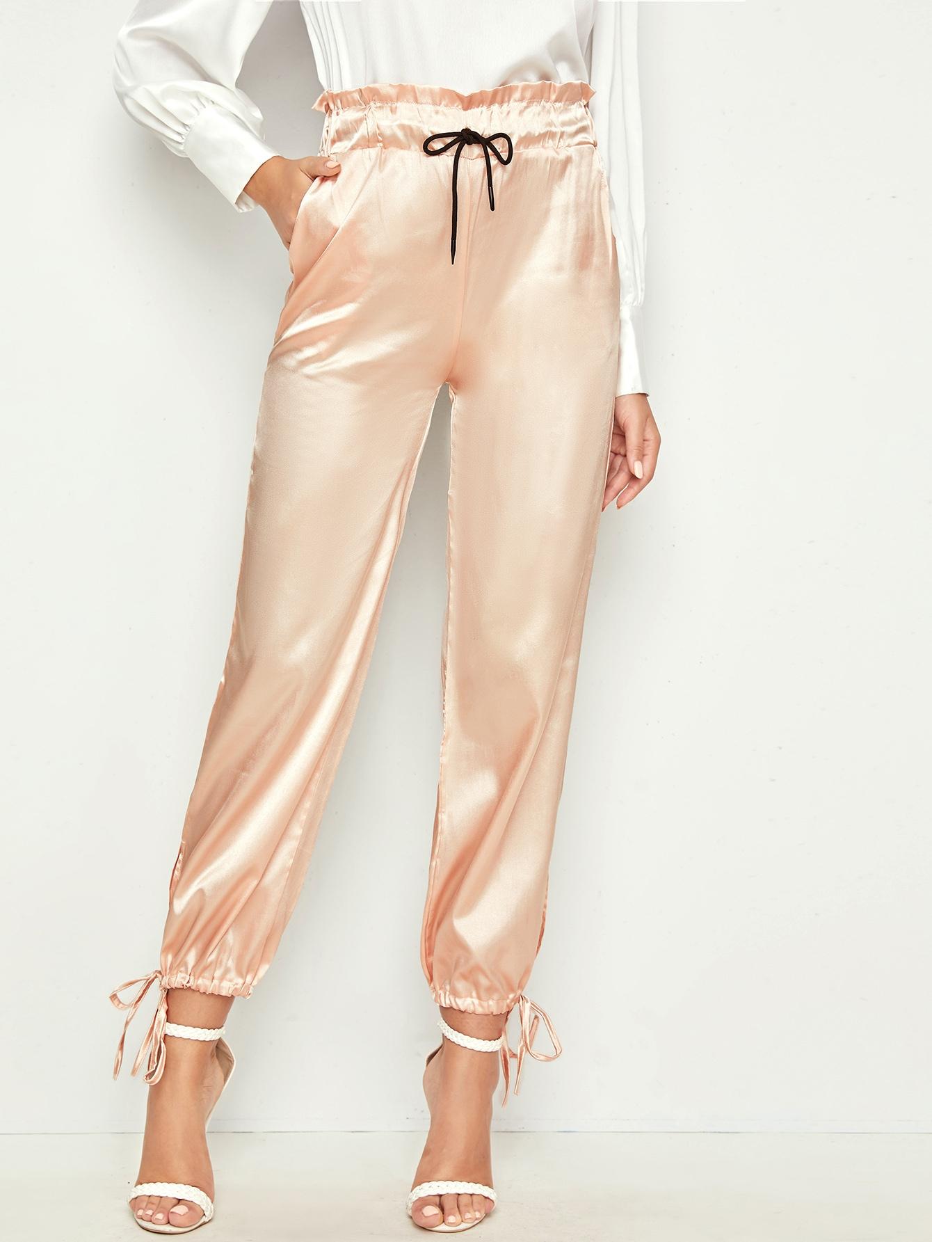 Фото - Атласные брюки на кулиске с присборенной талией от SheIn золотого цвета