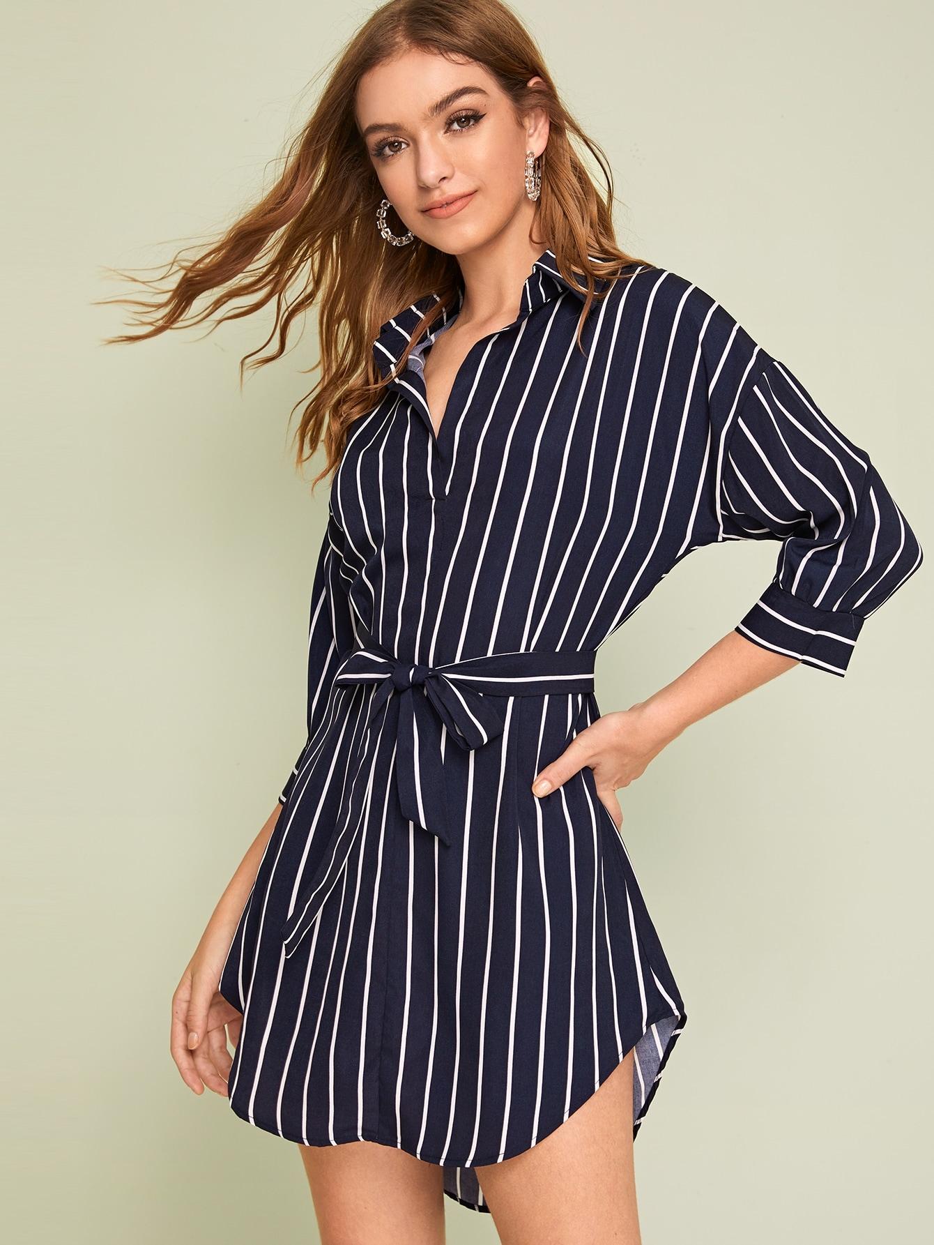 Фото - Полосатое платье с поясом от SheIn цвет тёмно-синие