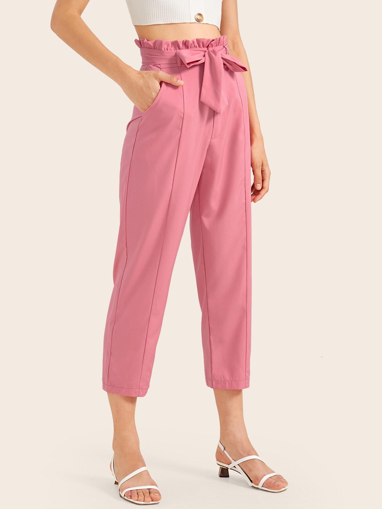 Фото - Однотонные брюки с поясом от SheIn розового цвета