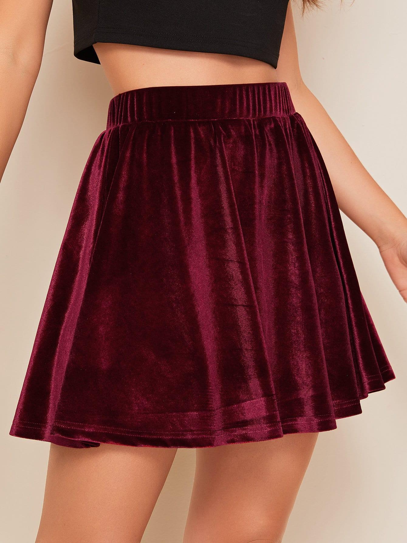 Фото - Бархатная юбка с эластичной талией от SheIn бордового цвета