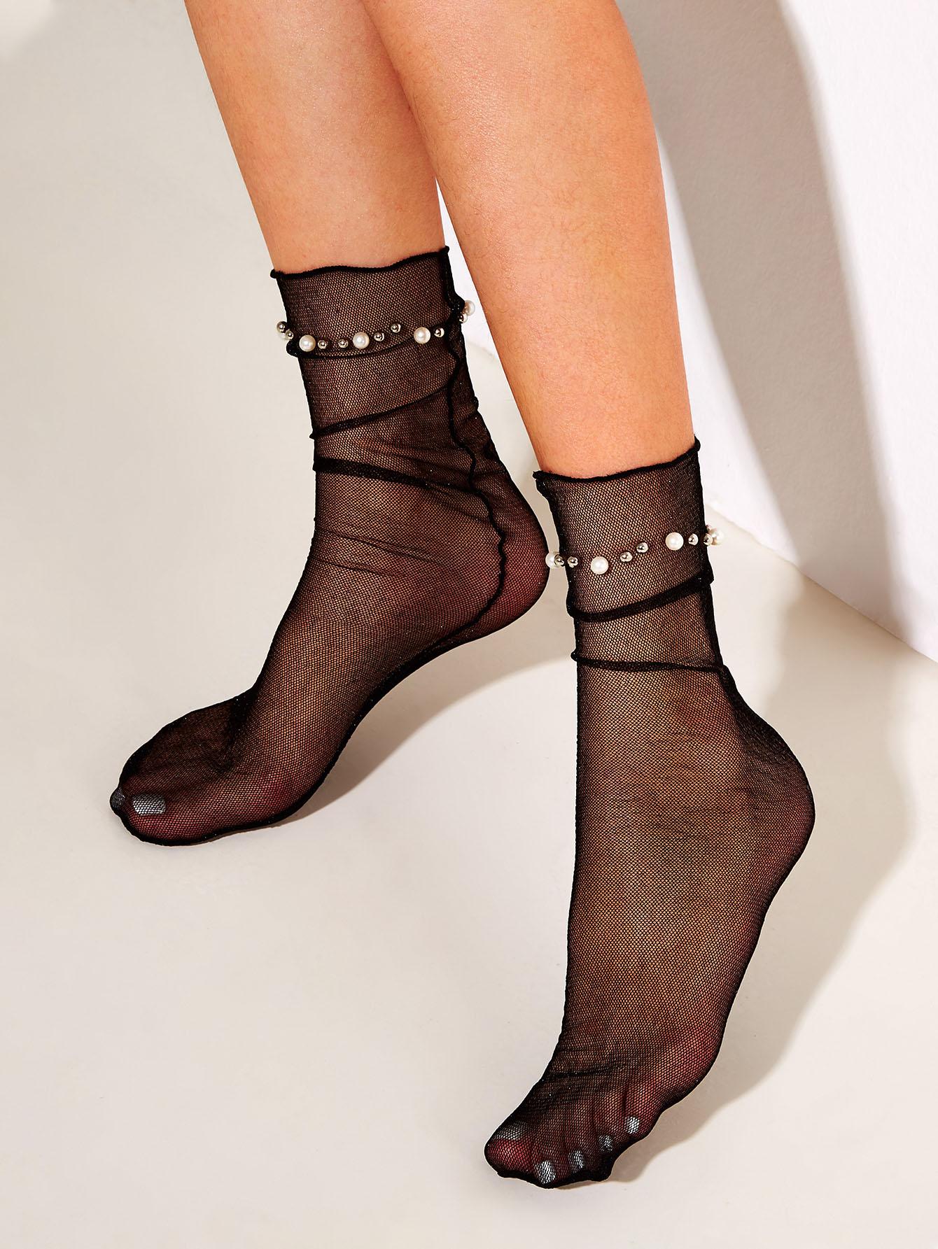Фото - Сетчатые носки с искусственным жемчугом и бисерами 1 пара от SheIn черного цвета