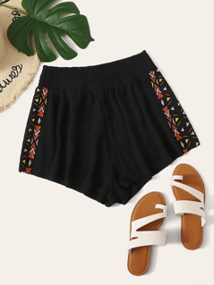 Embroidered Side Shirred Waist Crinkle Shorts