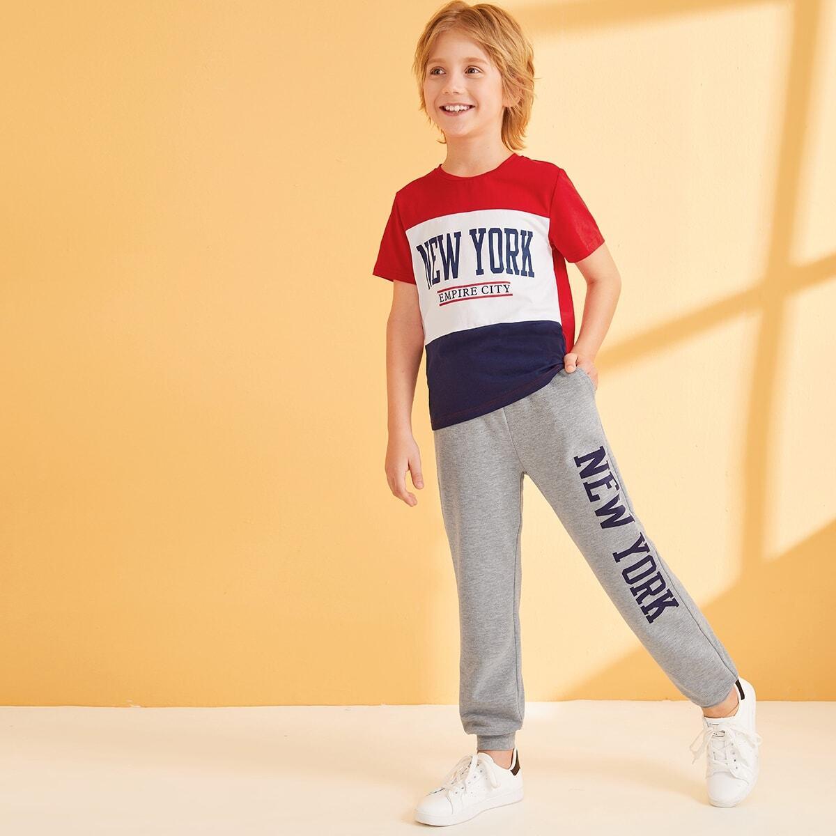 Контрастная футболка и спортивные брюки с карманом для мальчиков от SHEIN