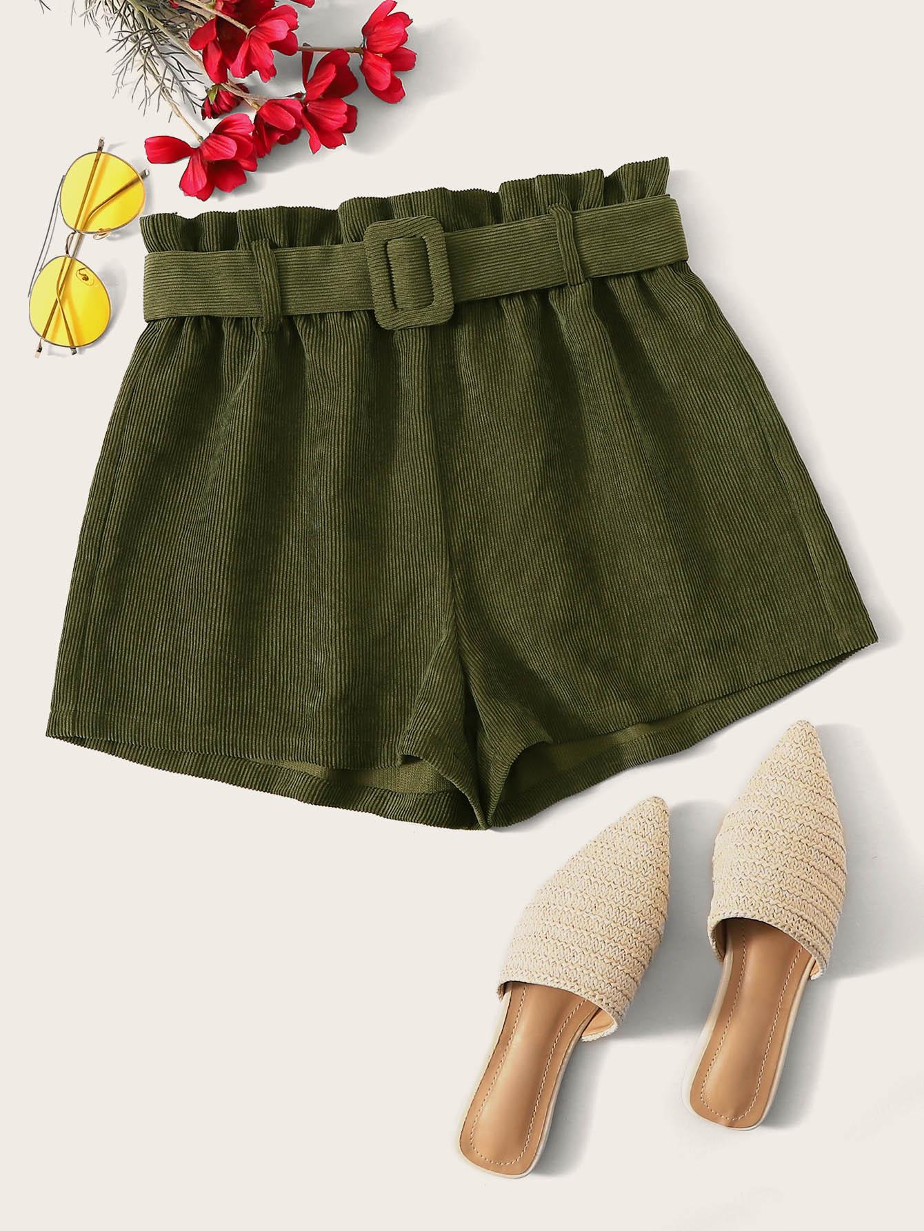 Фото - Вельветовые шорты с присборенной талией и поясом от SheIn цвет цветахаки