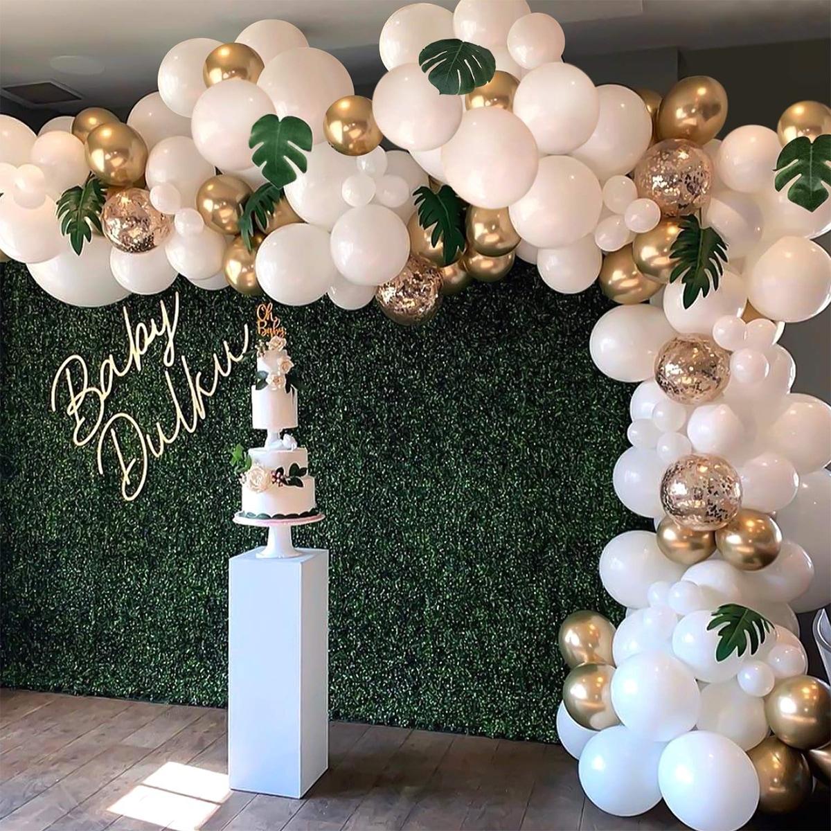 Decoratieve ballon en kunstmatige bladset 21st