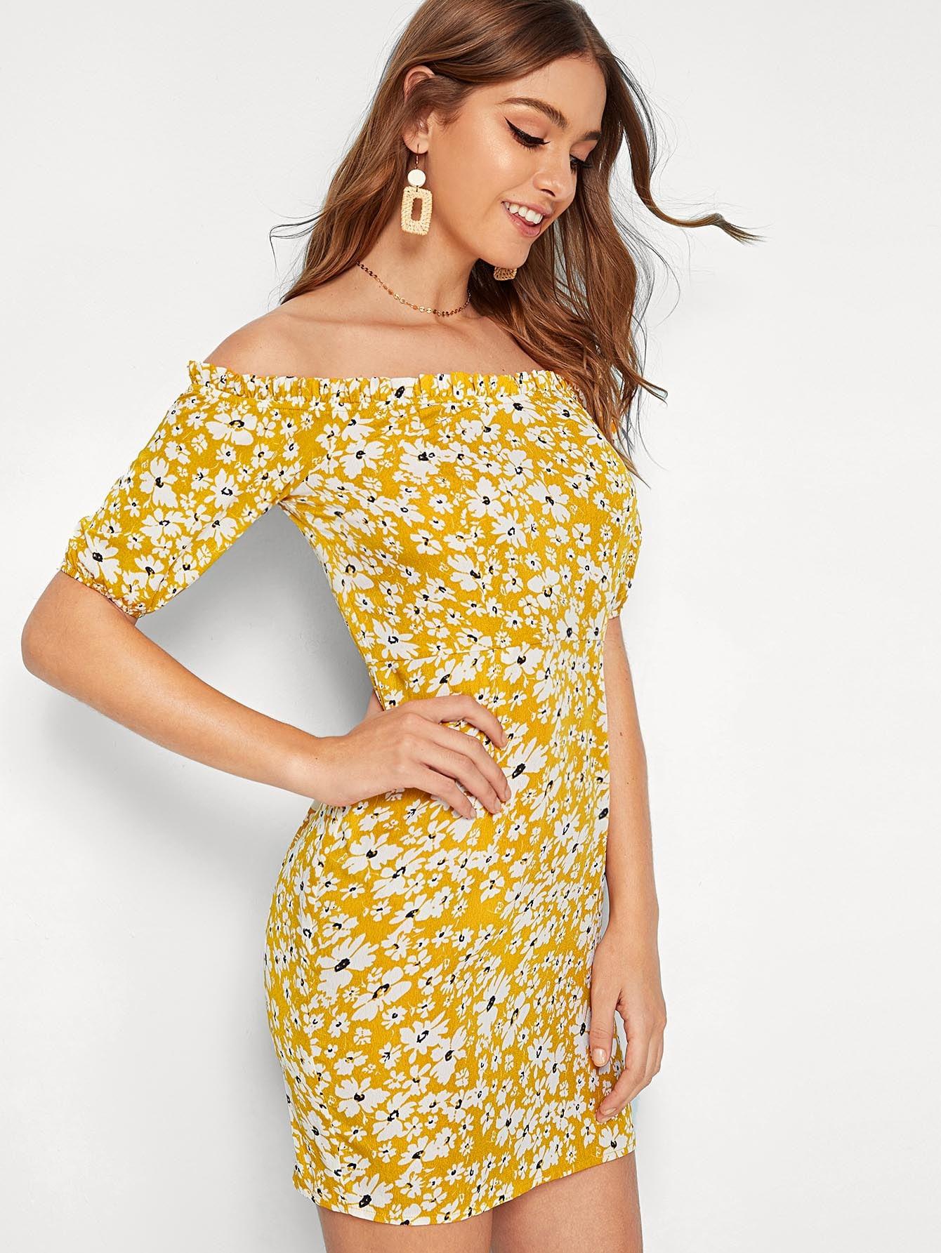 Фото - Платье с открытыми плечами и цветочным принтом от SheIn цвет жёлтые