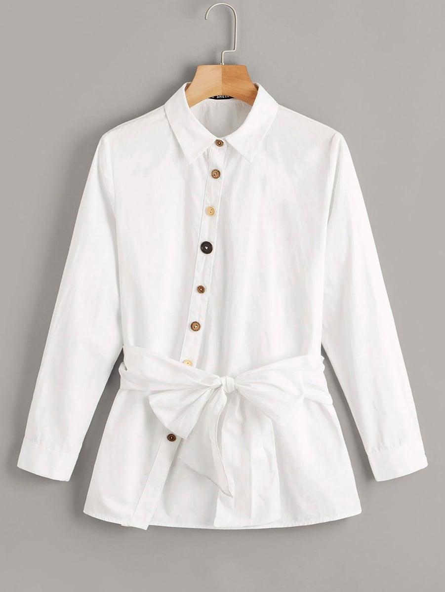 Фото - Рубашку размера плюс с пуговицами и поясом от SheIn цвет белые