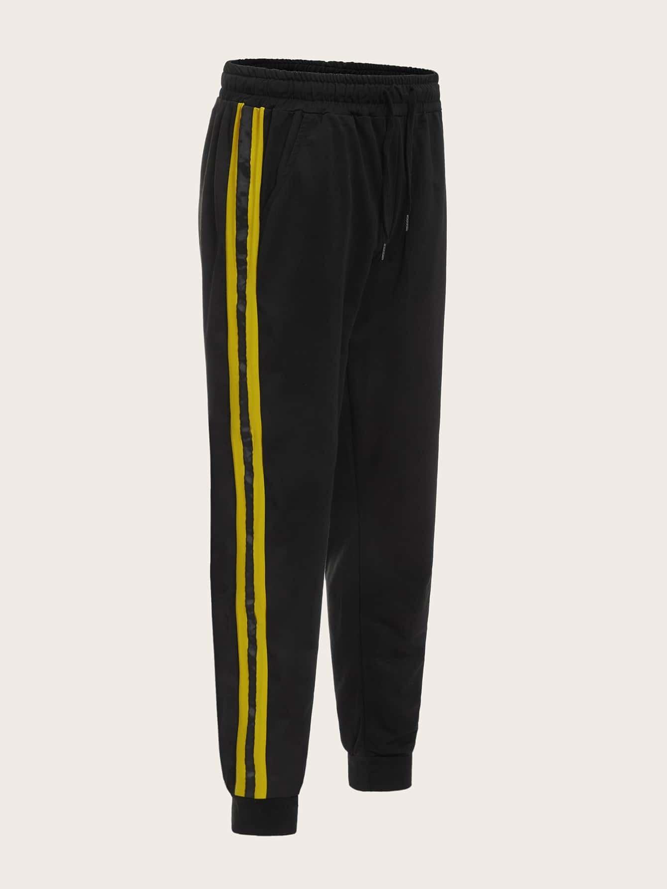 Фото - Мужские брюки с полосками и карманом от SheIn черного цвета