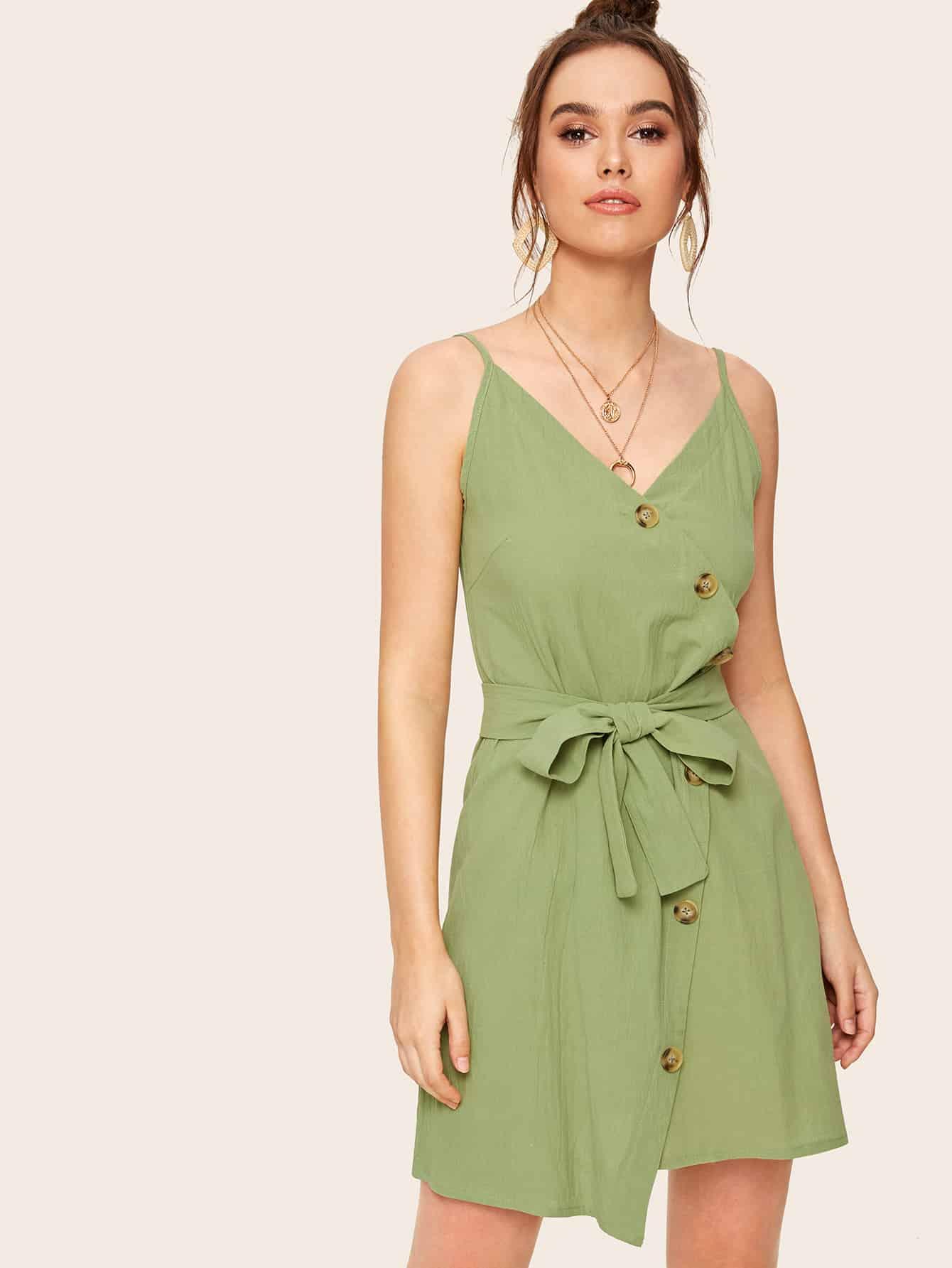 Фото - Платье с пуговицами и поясом от SheIn цвет зелёные