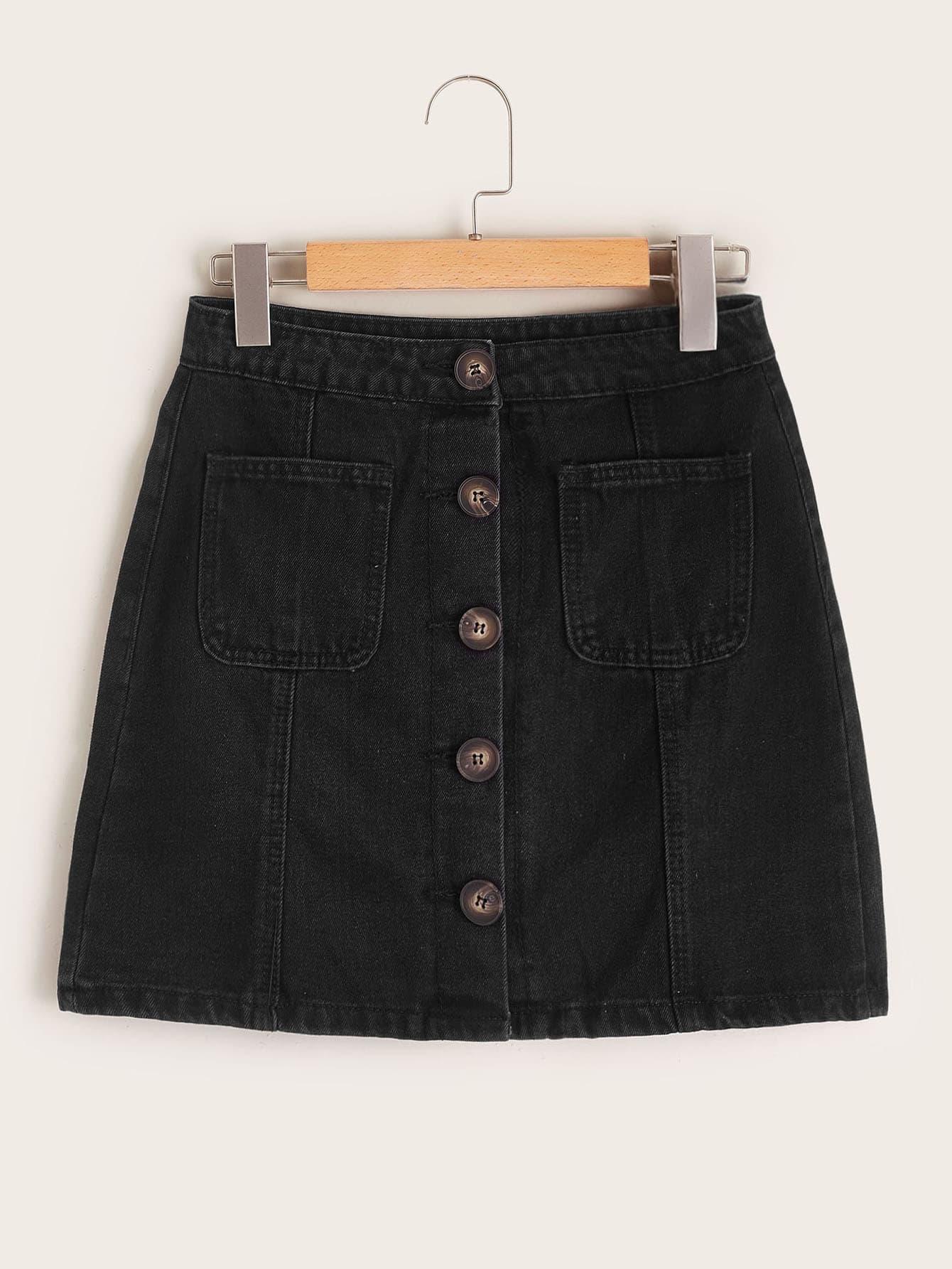 Фото - Джинсовая юбка с пуговицами и карманом от SheIn черного цвета