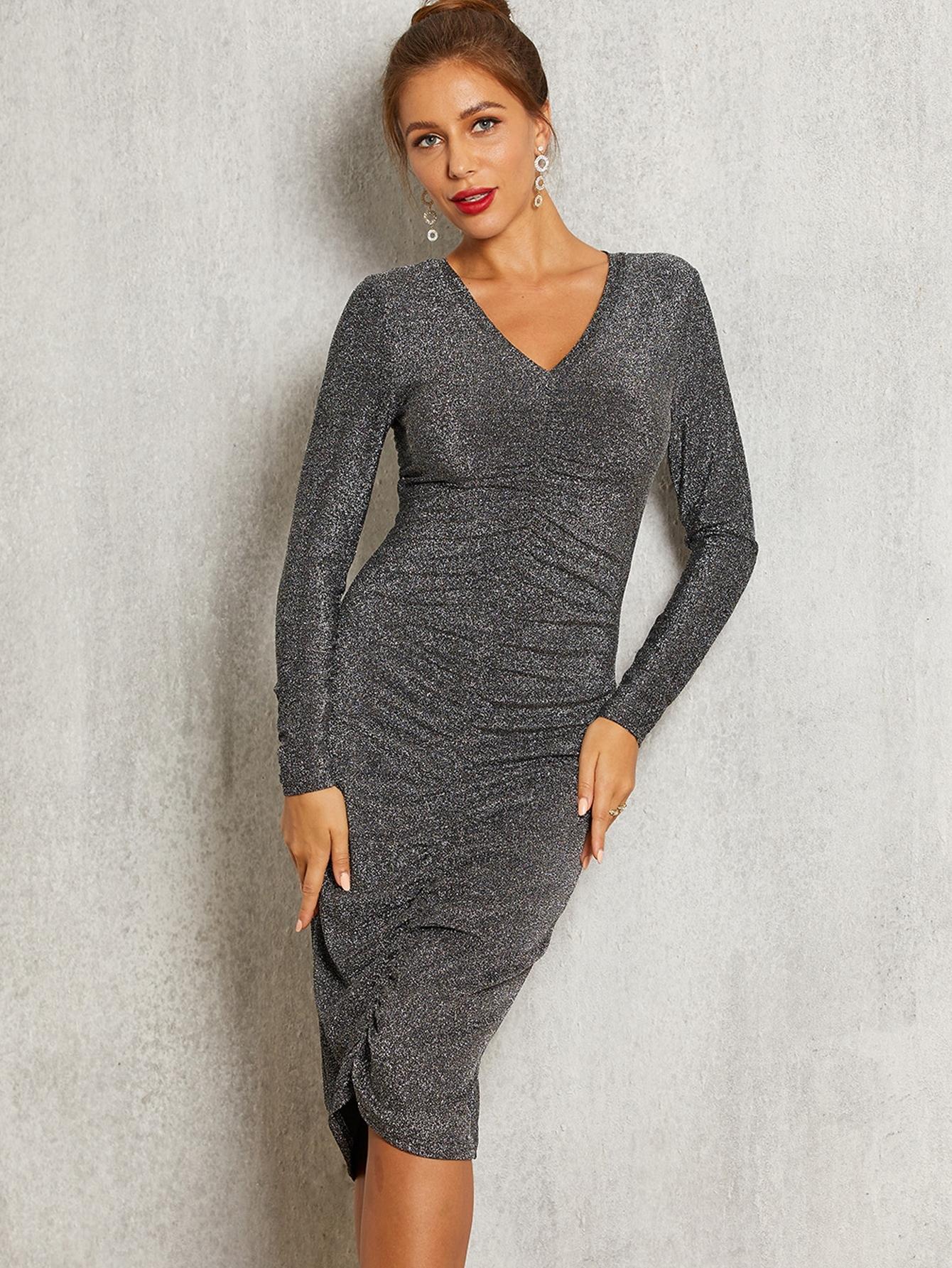 Фото - Однотонное платье на запах с блестками от SheIn цвет серые