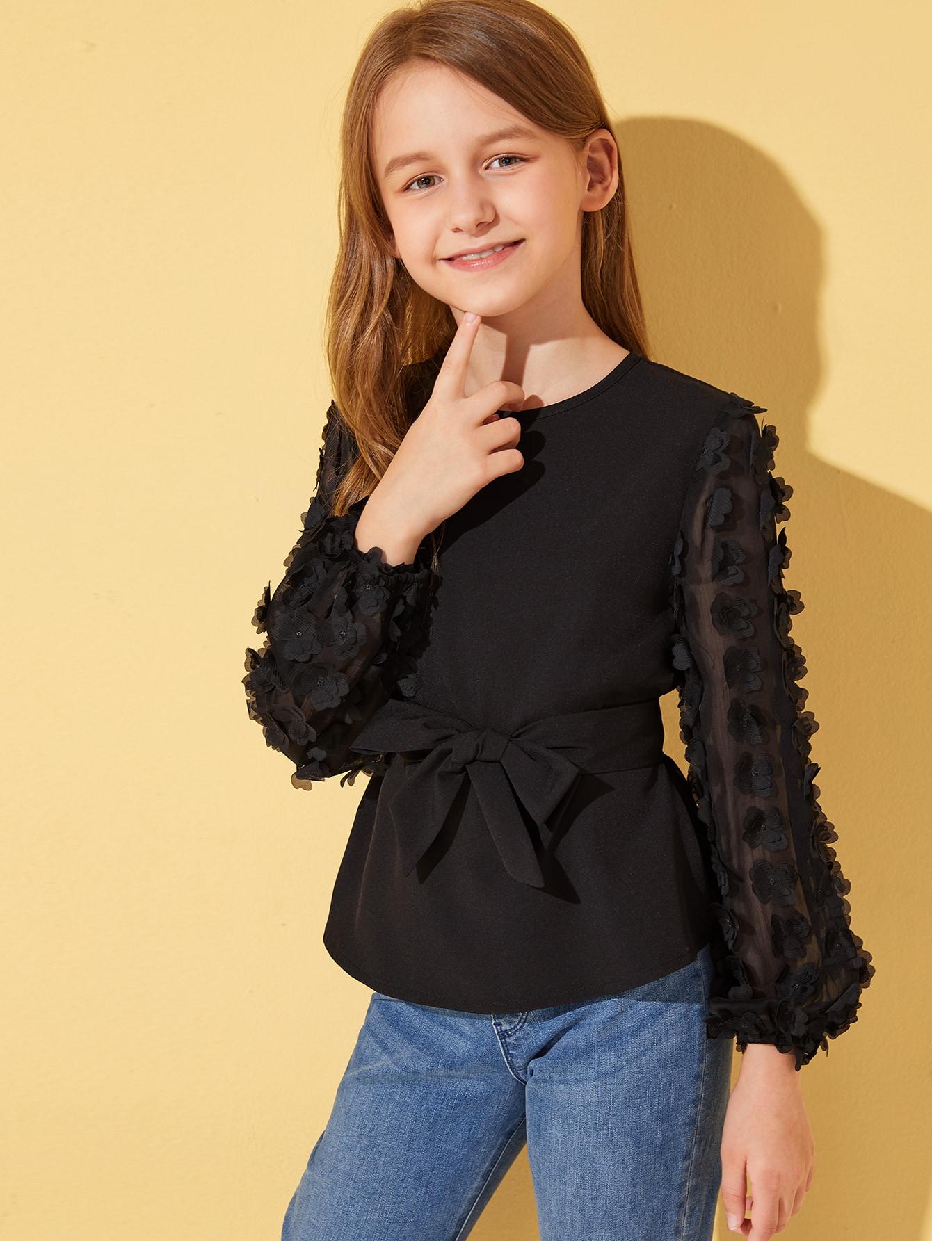 Фото - Топ с сетчатым рукавом, 3D аппликацией и поясом для девочек от SheIn черного цвета