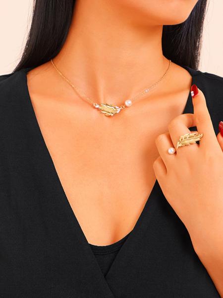 Leaf & Faux Pearl Pendant Chain Necklace & Ring 2pcs