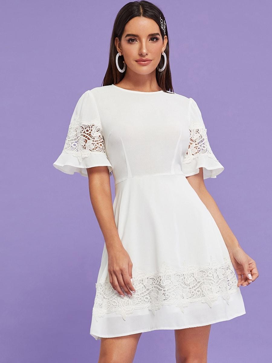 Фото - Расклешенное платье с молнией и контрастным кружевом от SheIn цвет белые