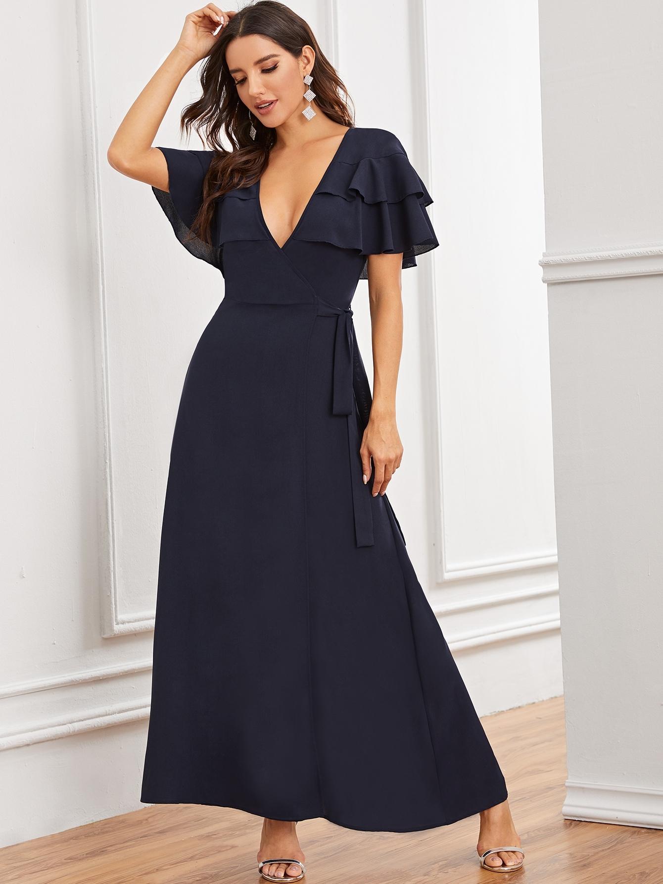 Фото - Платье на запах с узлом, разрезом и оборкой от SheIn цвет тёмно-синие