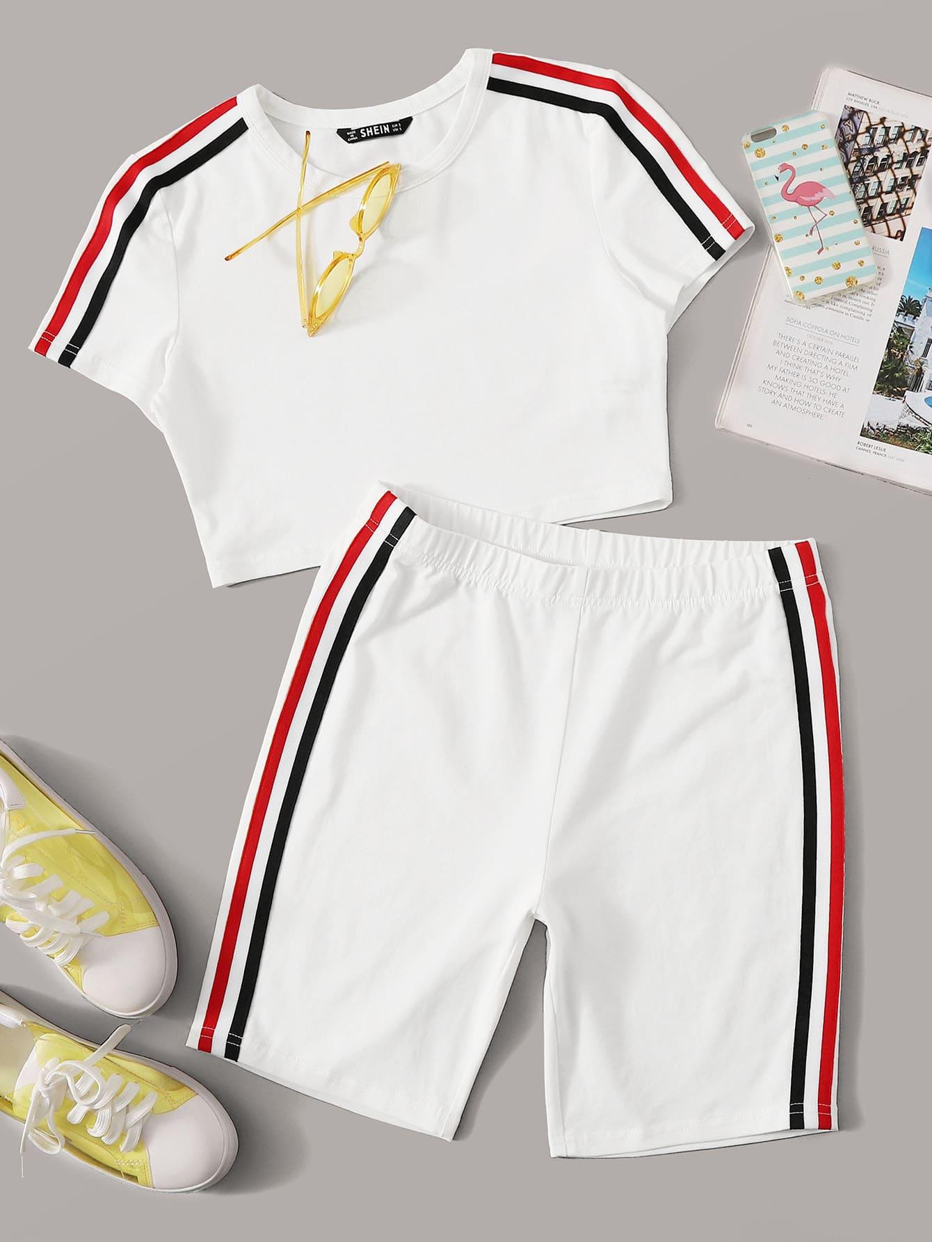 Фото - Топ с полосатой лентой сбоку и шорты от SheIn белого цвета