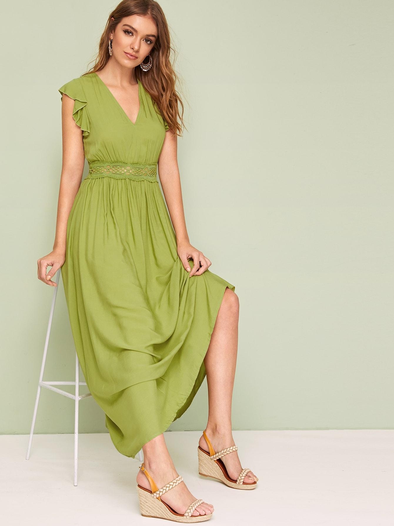 Фото - Однотонное платье с кружевной вставкой и оборкой от SheIn цвет зелёные