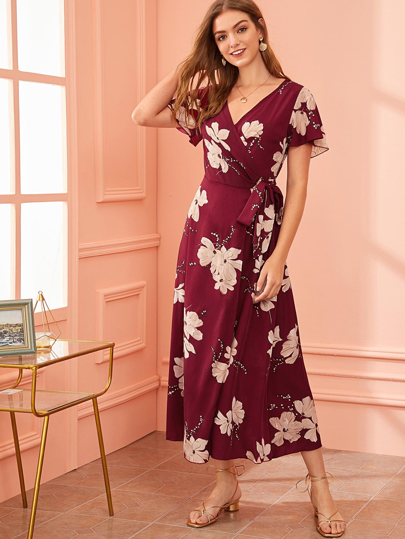 Фото - Платье на запах с узлом и цветочным принтом от SheIn цвет бургундия