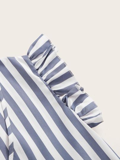 Фото 16 - Мужская рубашка с контрастной отделкой от SheIn черного цвета