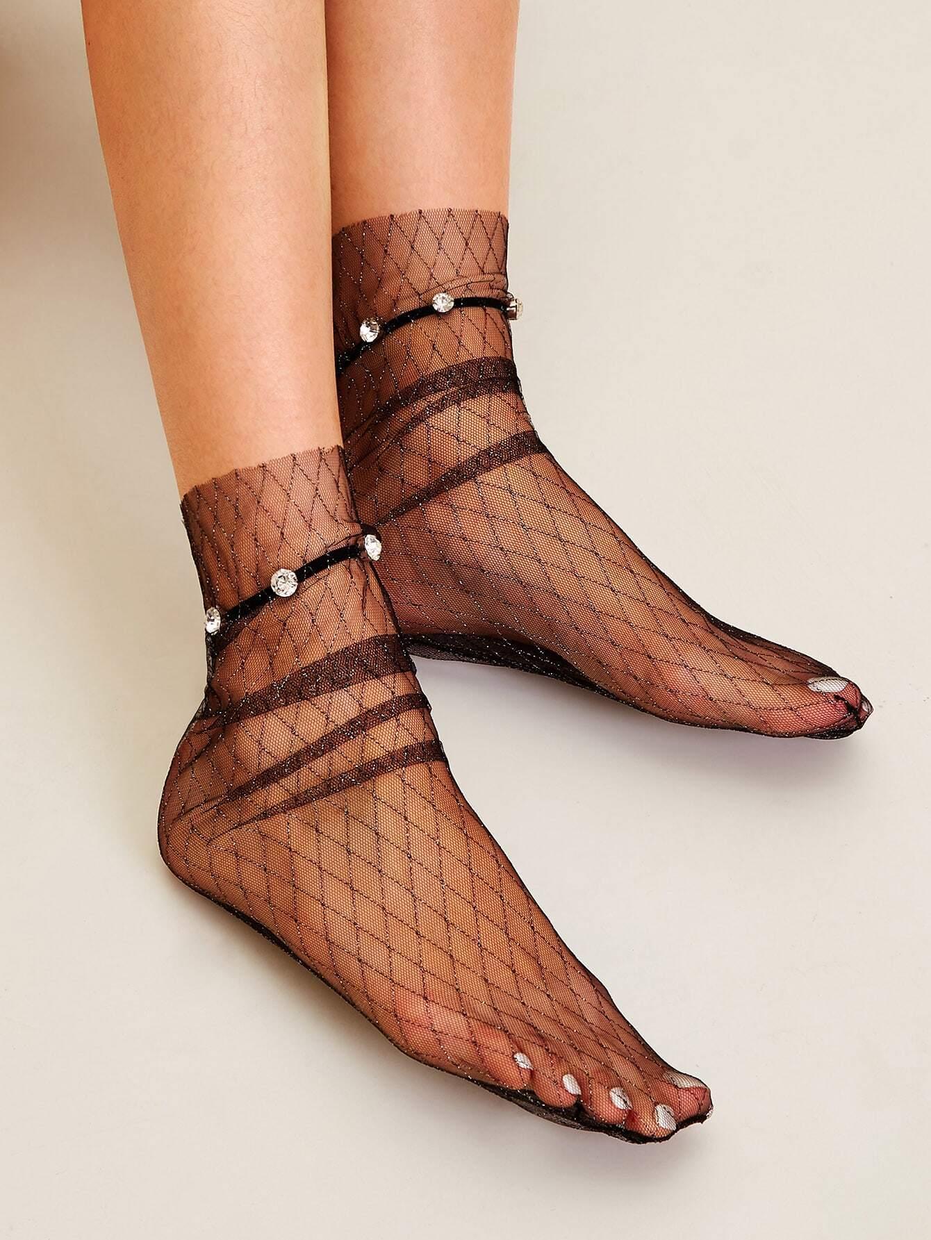 Фото - Сетчатые носки со стразами 1 пара от SheIn черного цвета