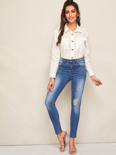 Фото 3 - Короткая блуза в горошек со сборками от SheIn черного цвета