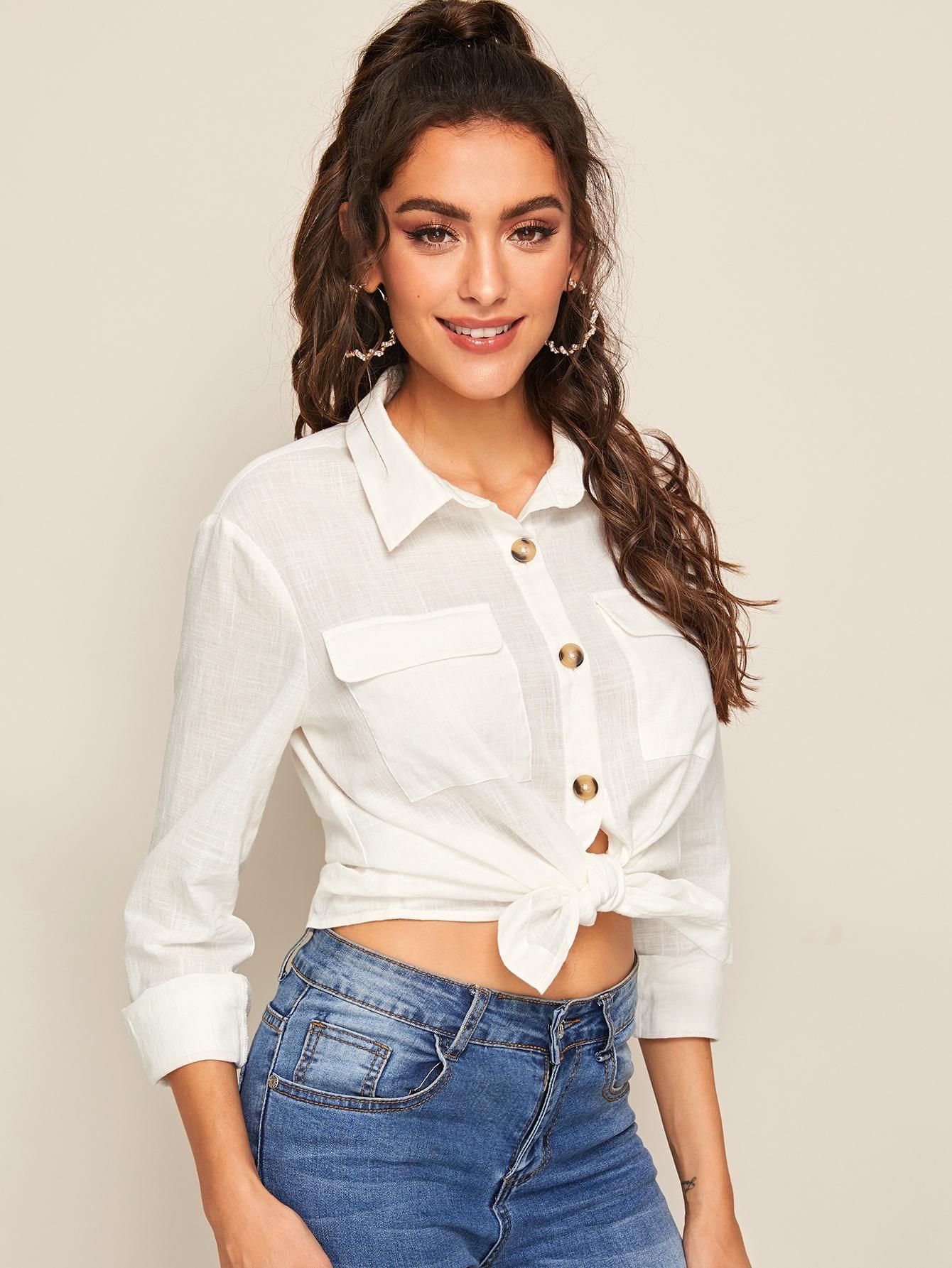 Фото - Короткая блуза в горошек со сборками от SheIn черного цвета