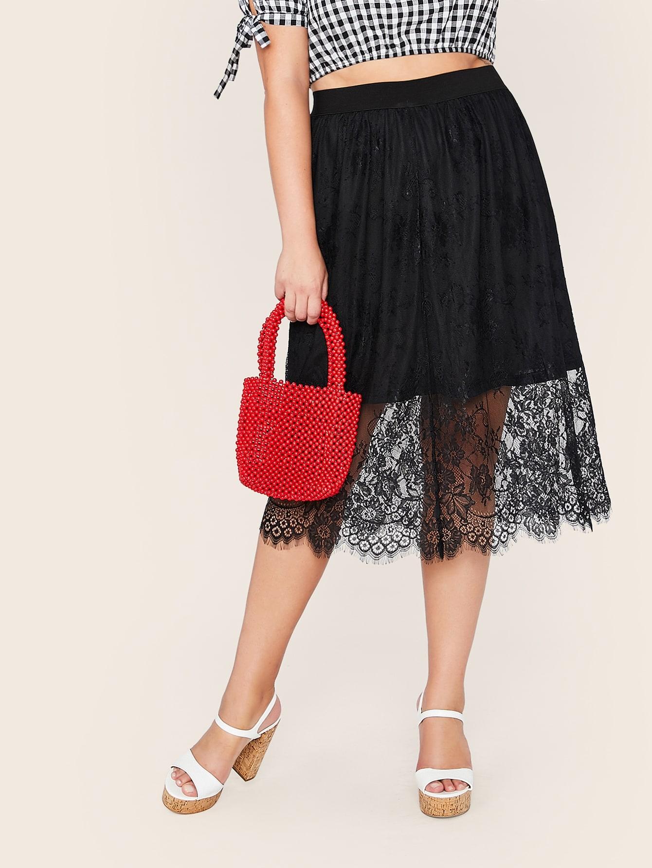 Фото - Однотонная юбка с кружевом размера плюс от SheIn цвет чёрные