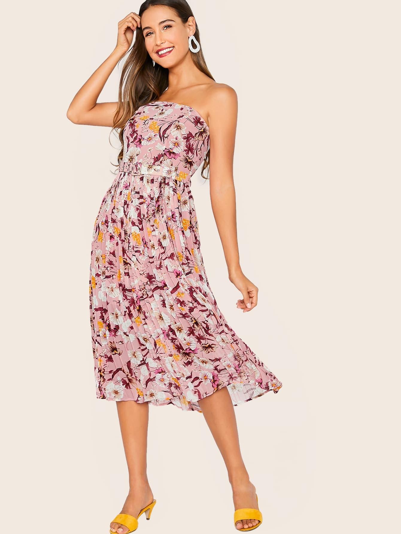 Фото - Плиссированное платье без бретелек с ботаническим принтом и поясом от SheIn цвет розовые