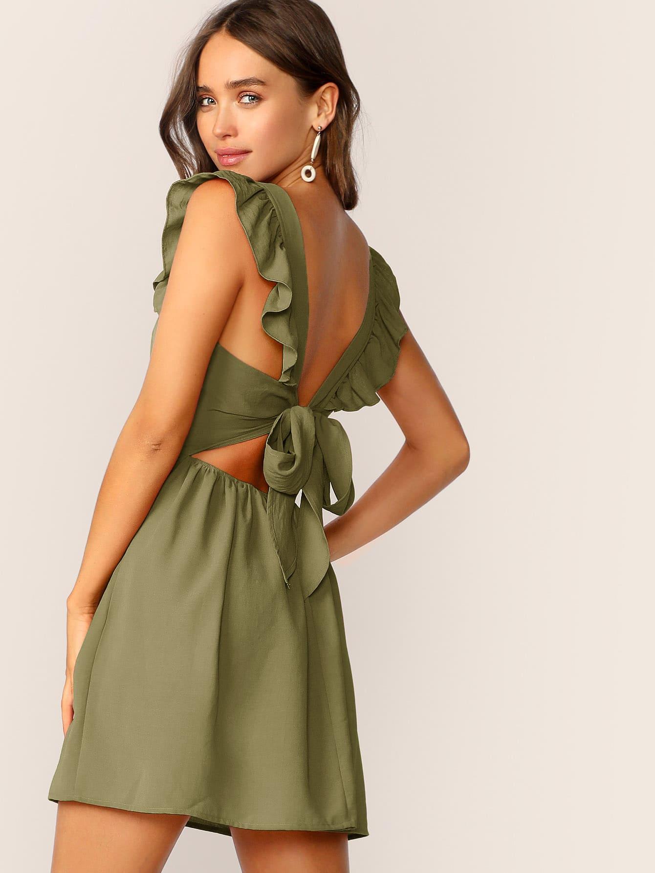Фото - Платье с оборкой и завязкой от SheIn цвет цветахаки