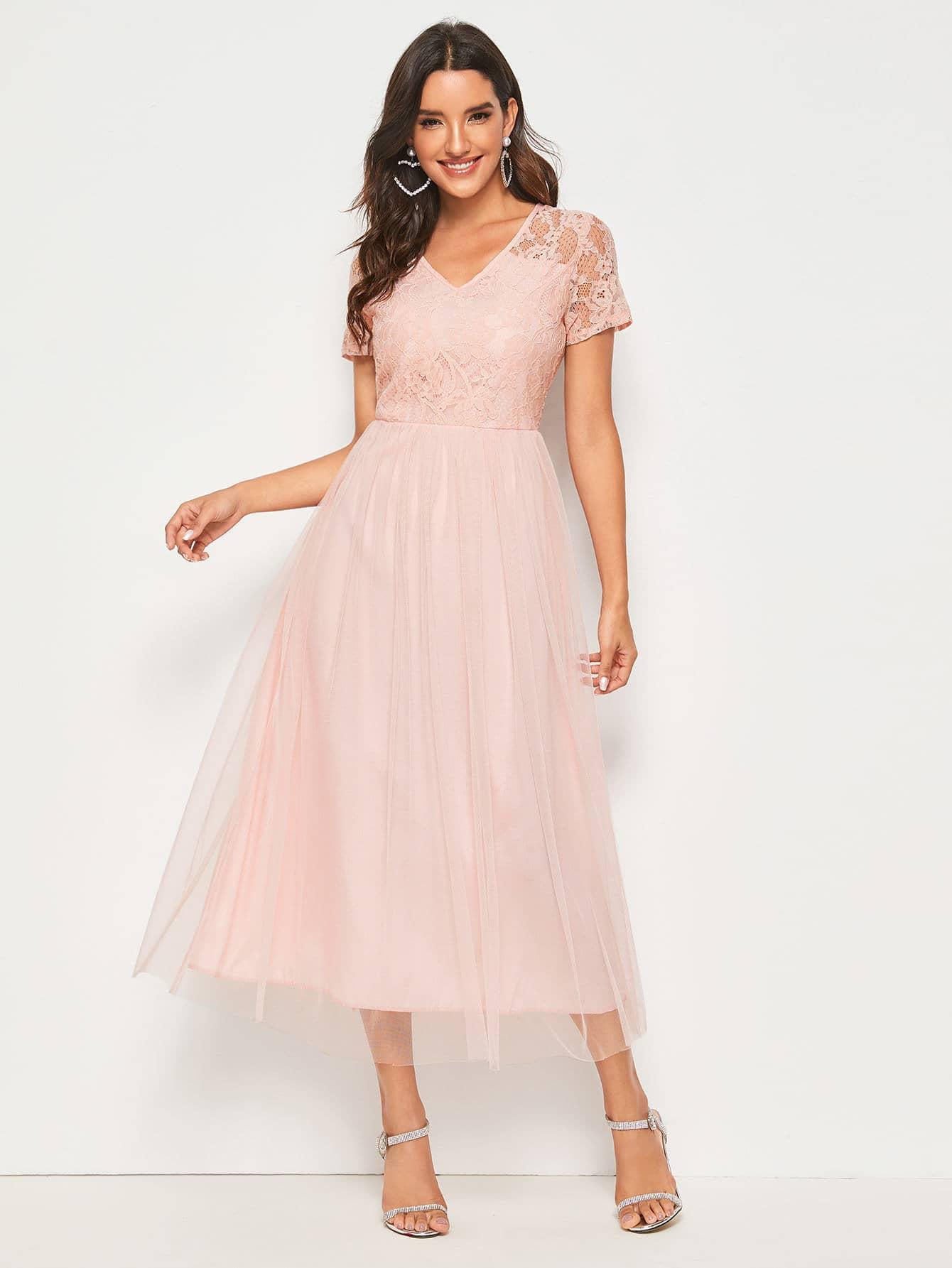 Фото - Однотонное сетчатое платье с кружевом от SheIn цвет розовые
