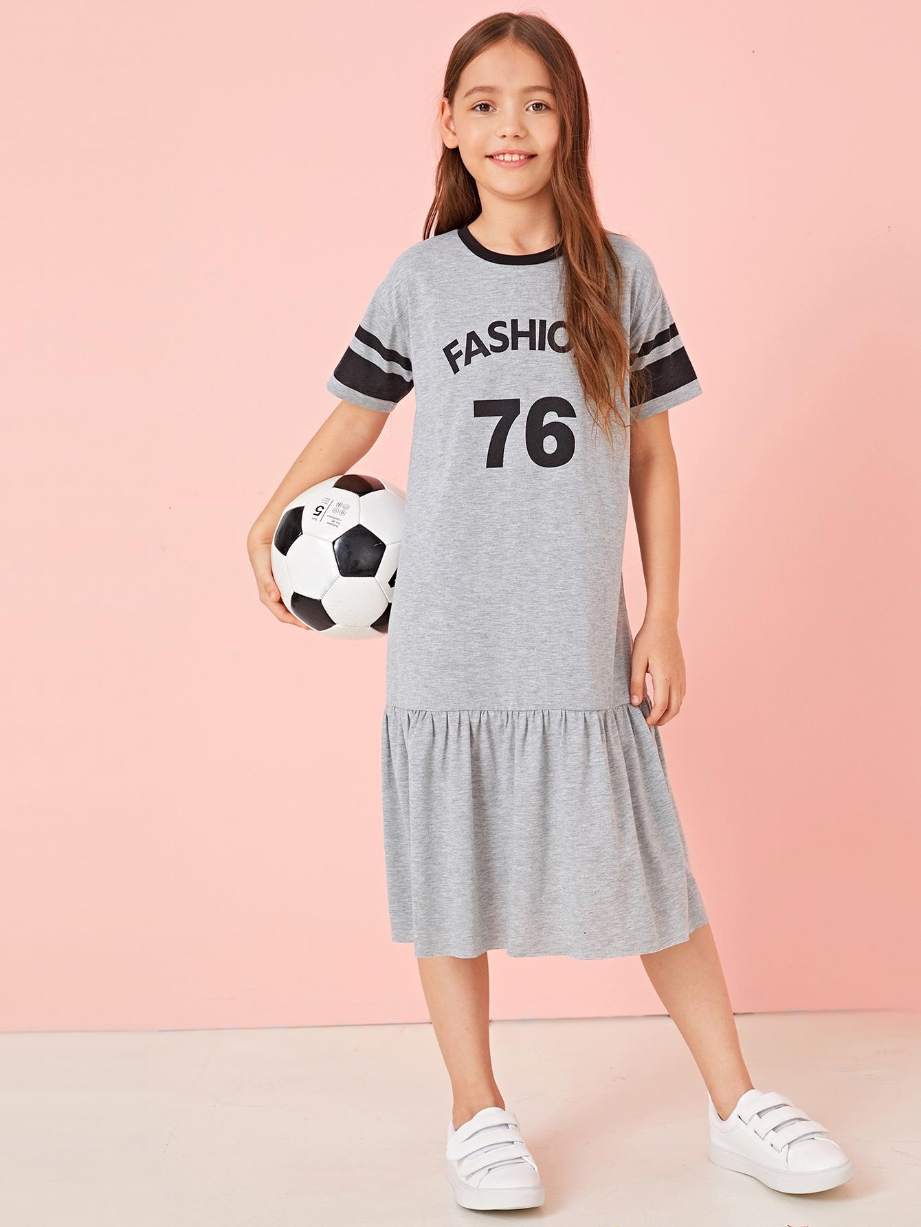 Фото - Платье  с графическим принтом и оборкой для девочек от SheIn цвет серые