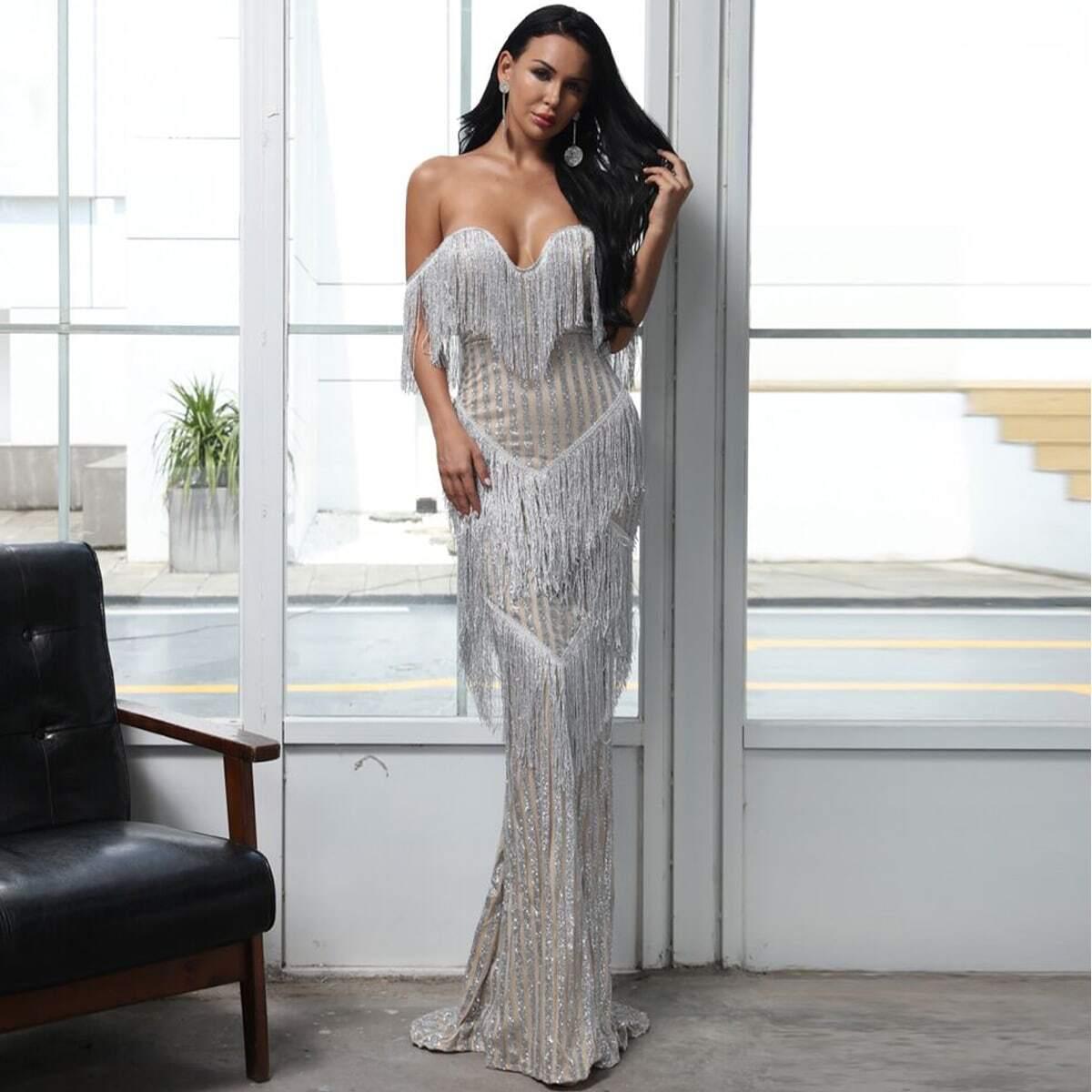 Длинное платье с многослойной бахромой и блестками фото