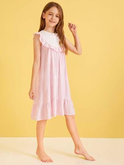 Фото 9 - Однотонное вязаное платье с халтером от SheIn цвет розовые