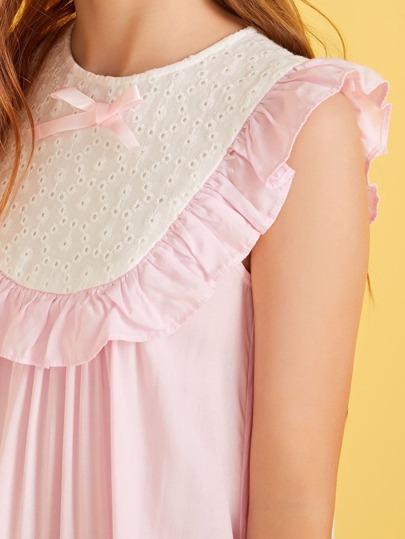 Фото 8 - Однотонное вязаное платье с халтером от SheIn цвет розовые