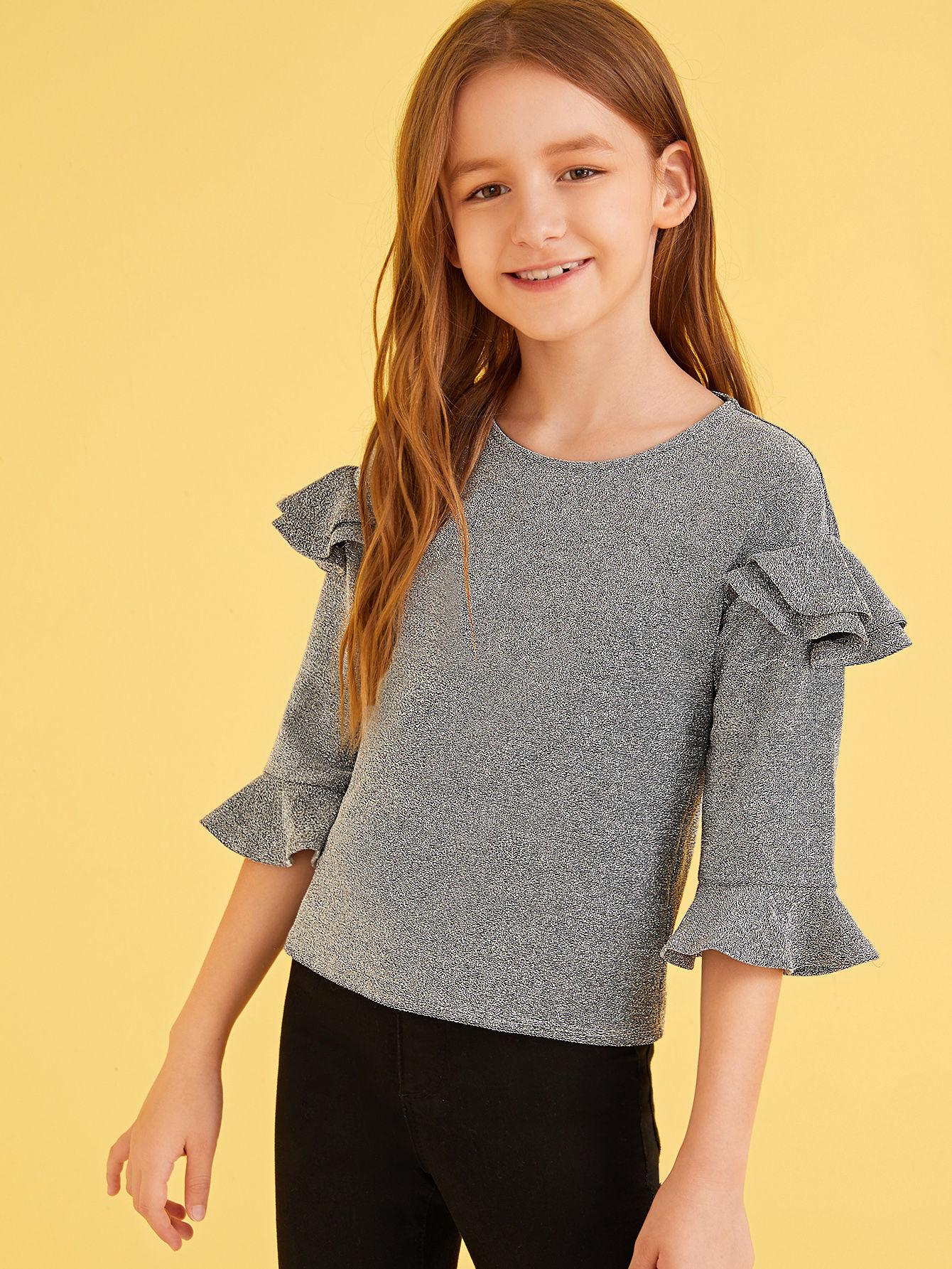 Фото - Топ с блестками, оборкой и застежкой сзади для девочек от SheIn серого цвета