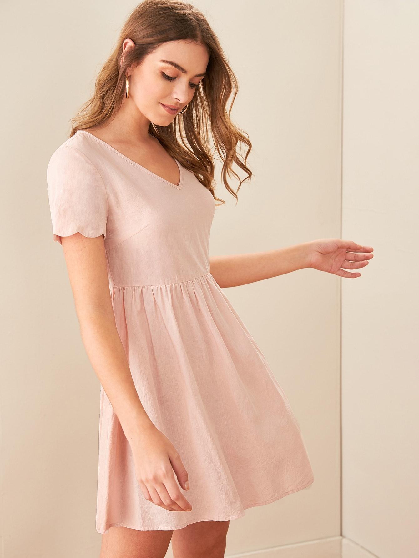 Фото - Однотонное платье с фестончатым краем от SheIn цвет розовые