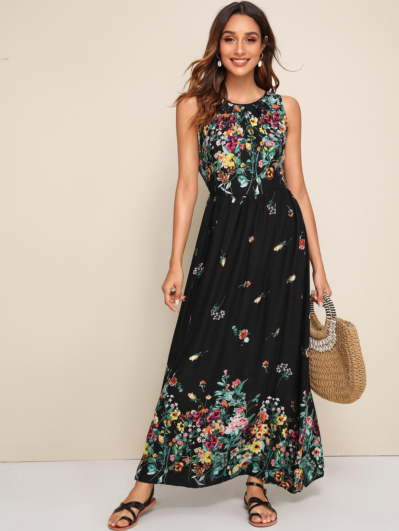 Фото - Приталенное расклешенное платье с завязкой от SheIn цвет чёрные