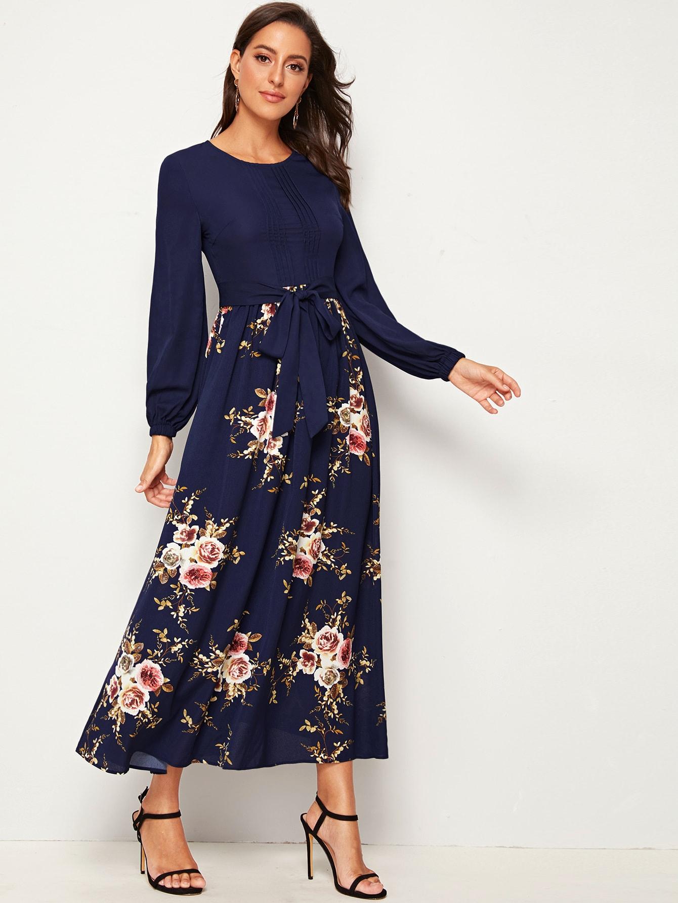 Платье с завязкой и цветочным принтом