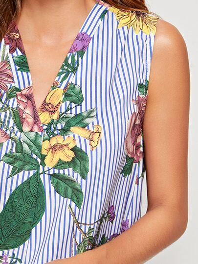 Фото 11 - Блузу в полоску размера плюс с v-образным вырезом от SheIn цвет чёрнобелые